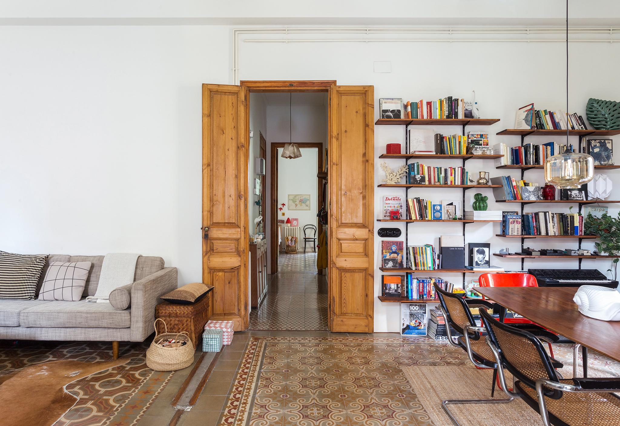 Apartamento em Barcelona com arquitetura preservada