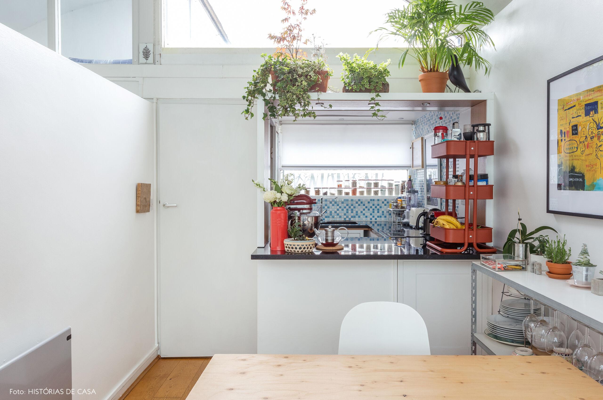 16-decoracao-apartamento-pequeno-com-cozinha-americana-aberta