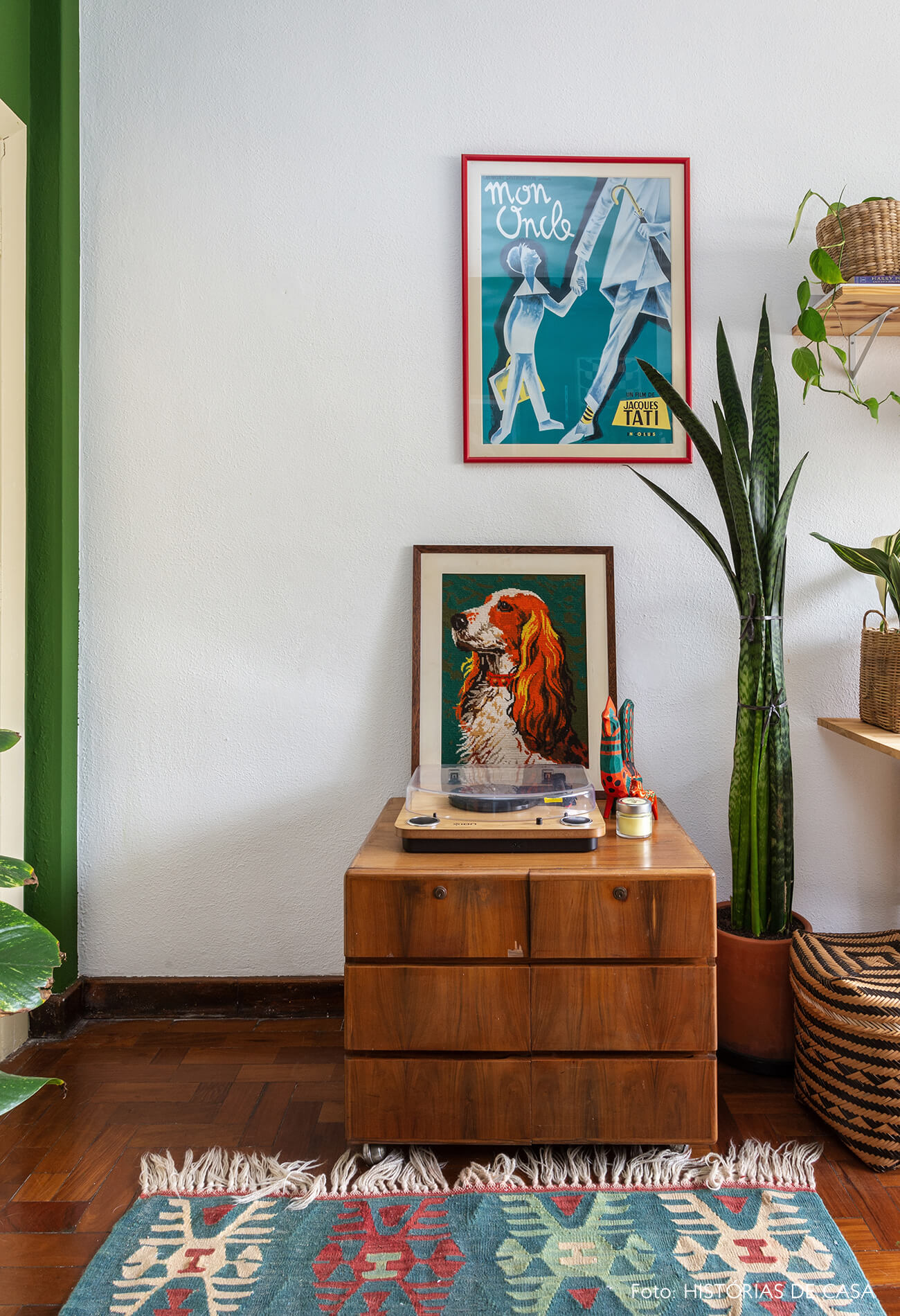Home office com móveis vintage