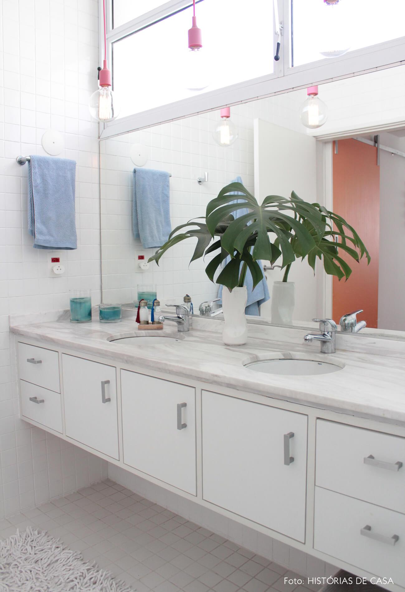 Banheiro reformado, antes e depois