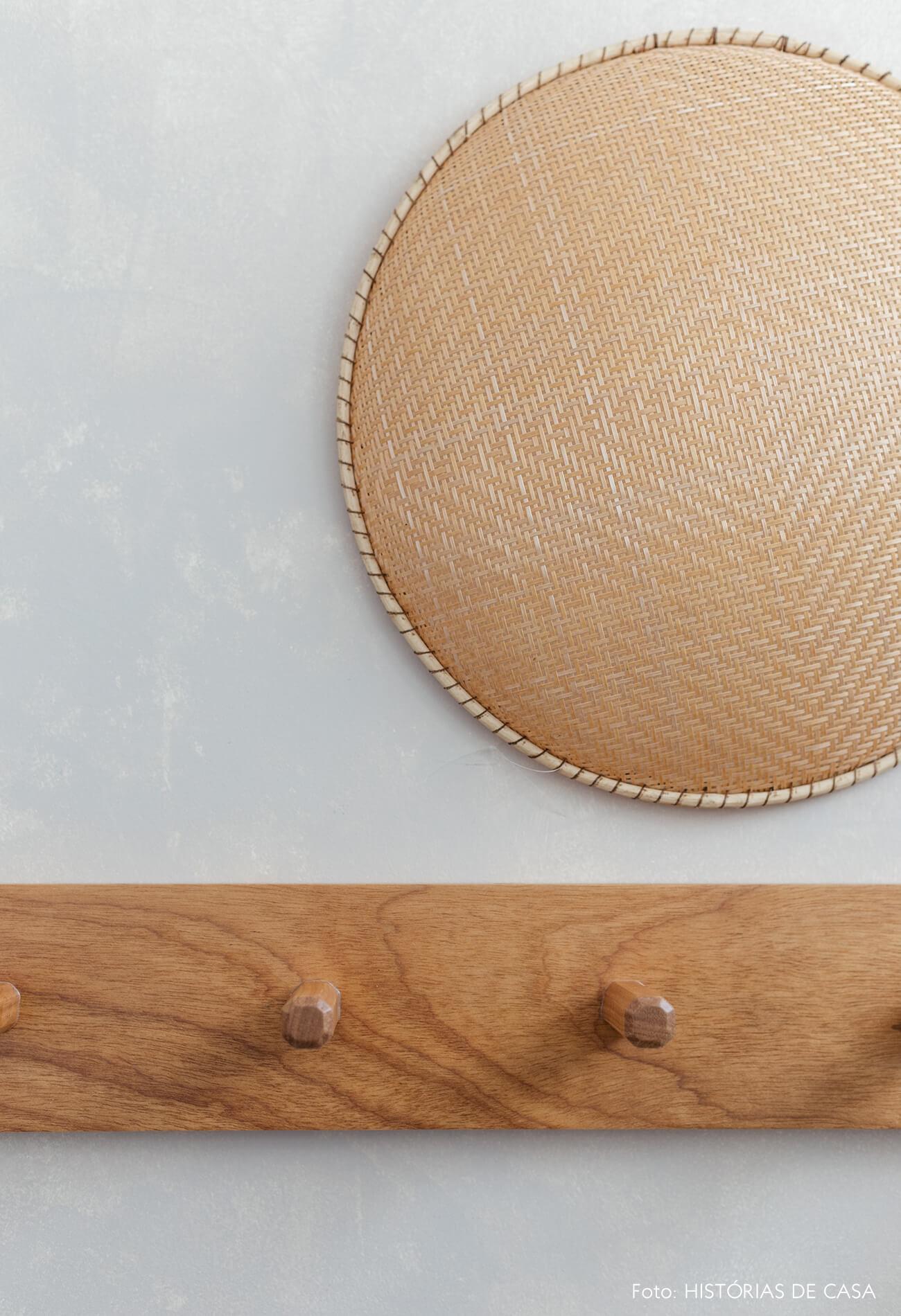 Banheiro reformado, Antes e Depois, cestaria e madeira