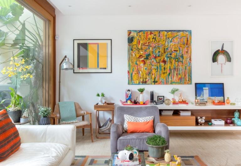 Casa colorida com jardim da chef Roberta Juliao