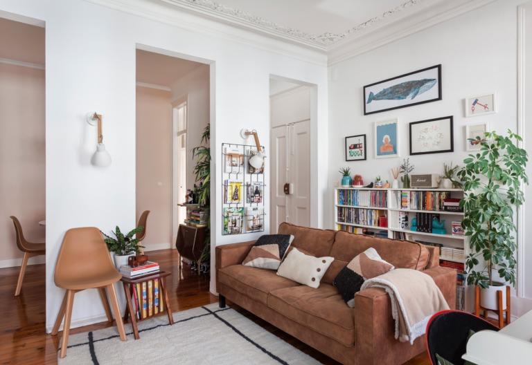 Apartamento em Portugal com arquitetura original e decoração afetiva