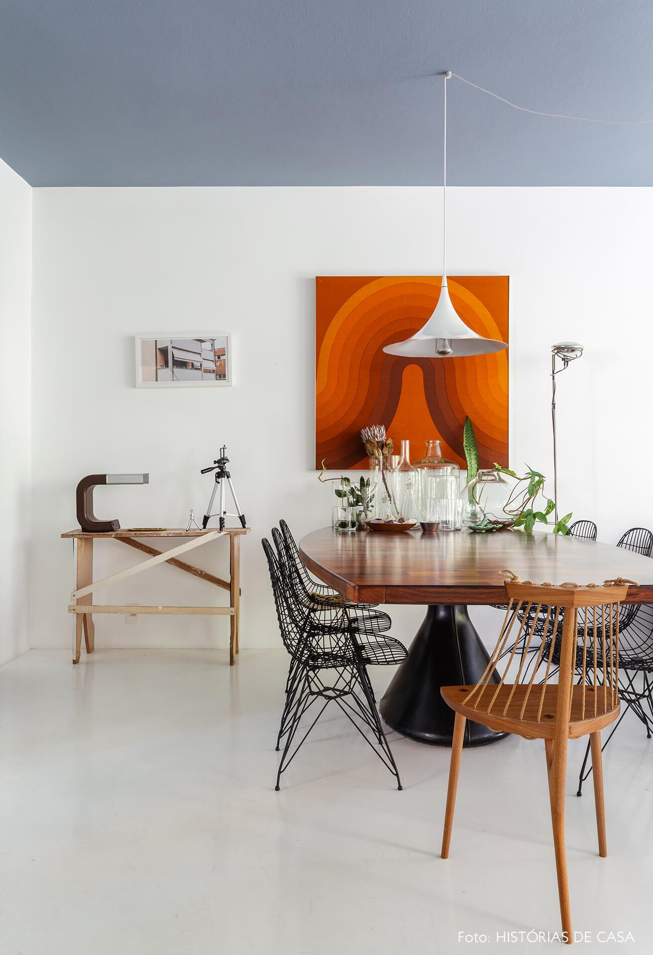 Apartamento do Maurício Arruda, sala de jantar com móveis vintage
