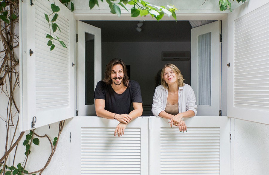 Casa com jardim integrado à sala