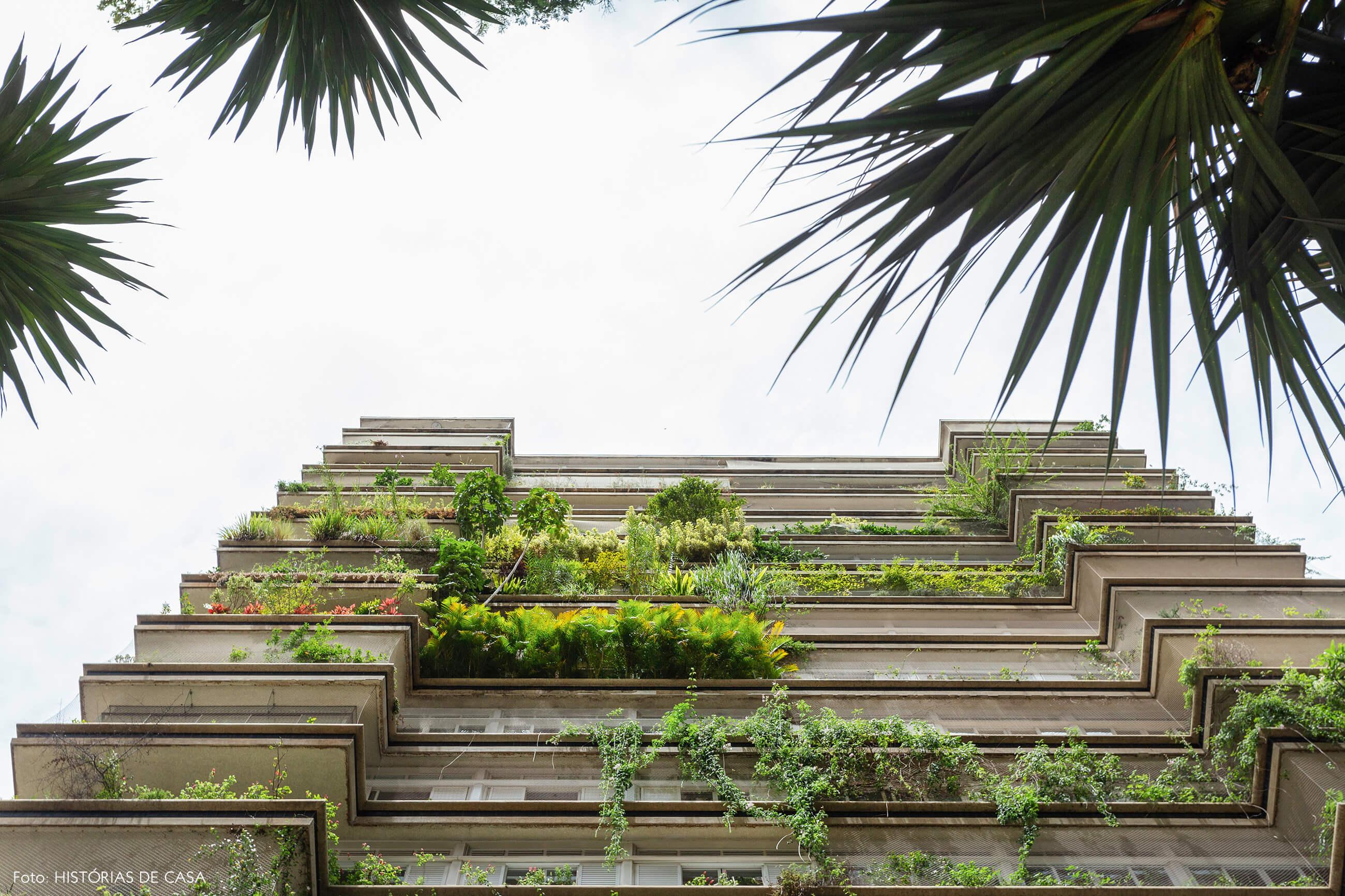 Varandas com plantas do Edifício Parque das Hortênsias, de Artacho Jurado