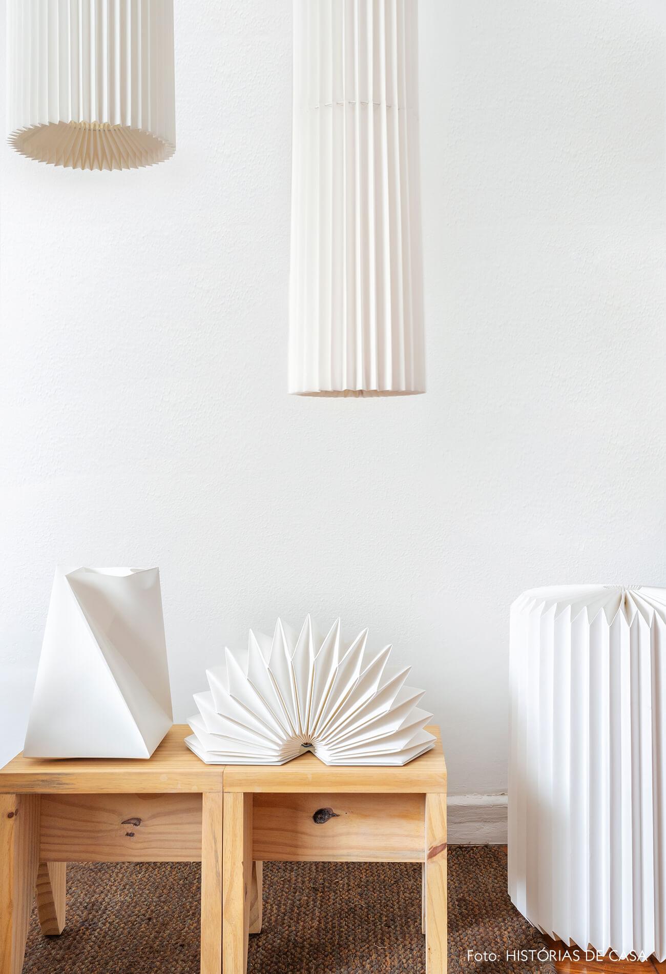 Ateliê da designer de luminárias Mel Kawahara
