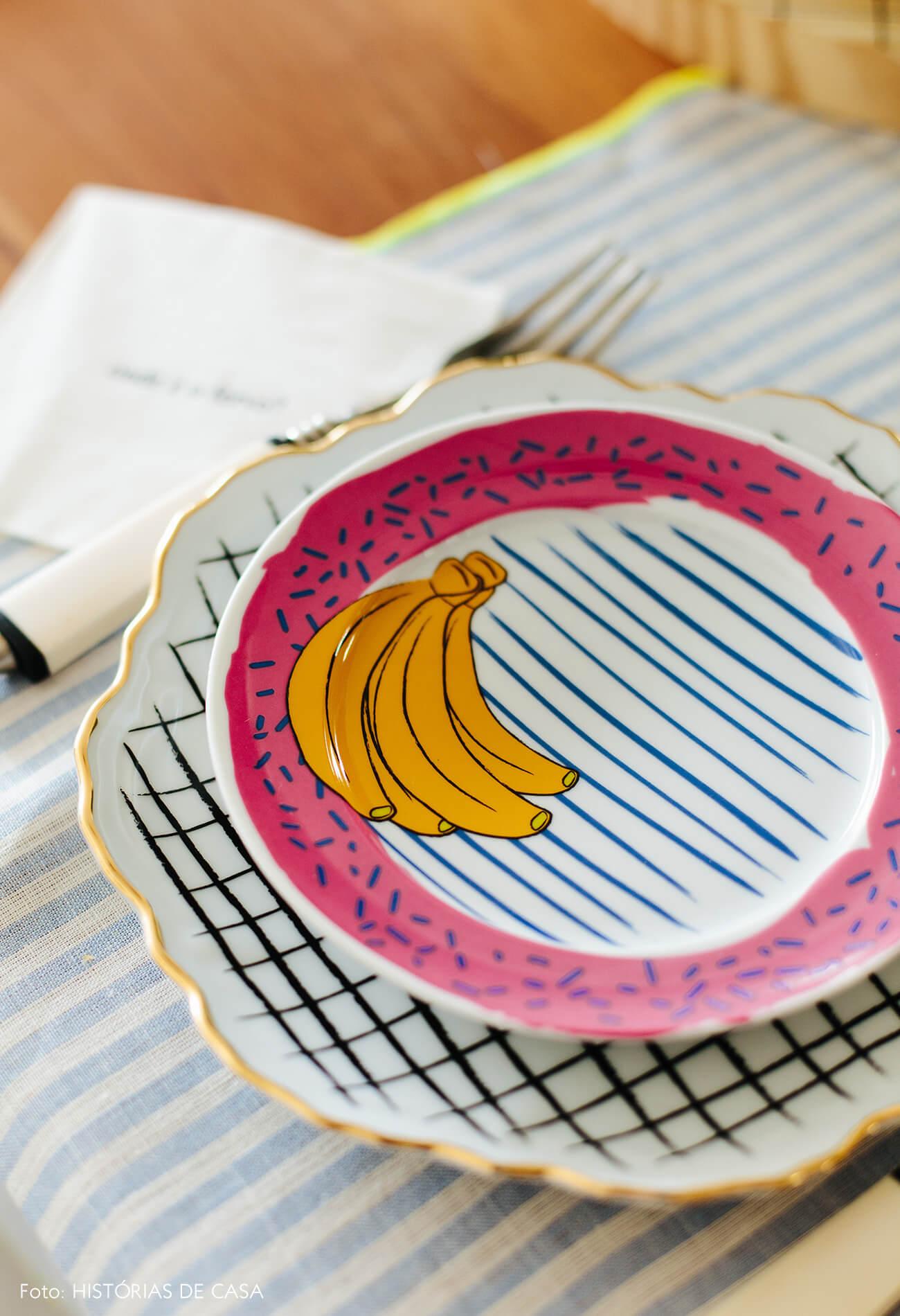 Apartamento chef Renata Vanzetto, louças para marca Cosi Home