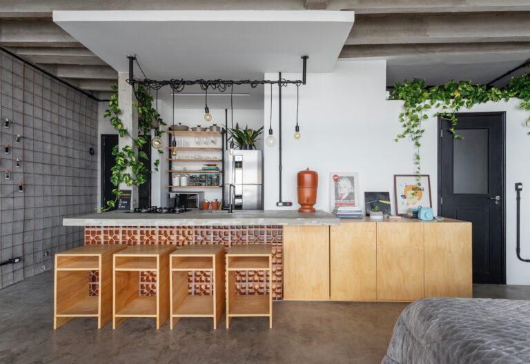Apartamento pequeno no Copan, estilo industrial e reforma