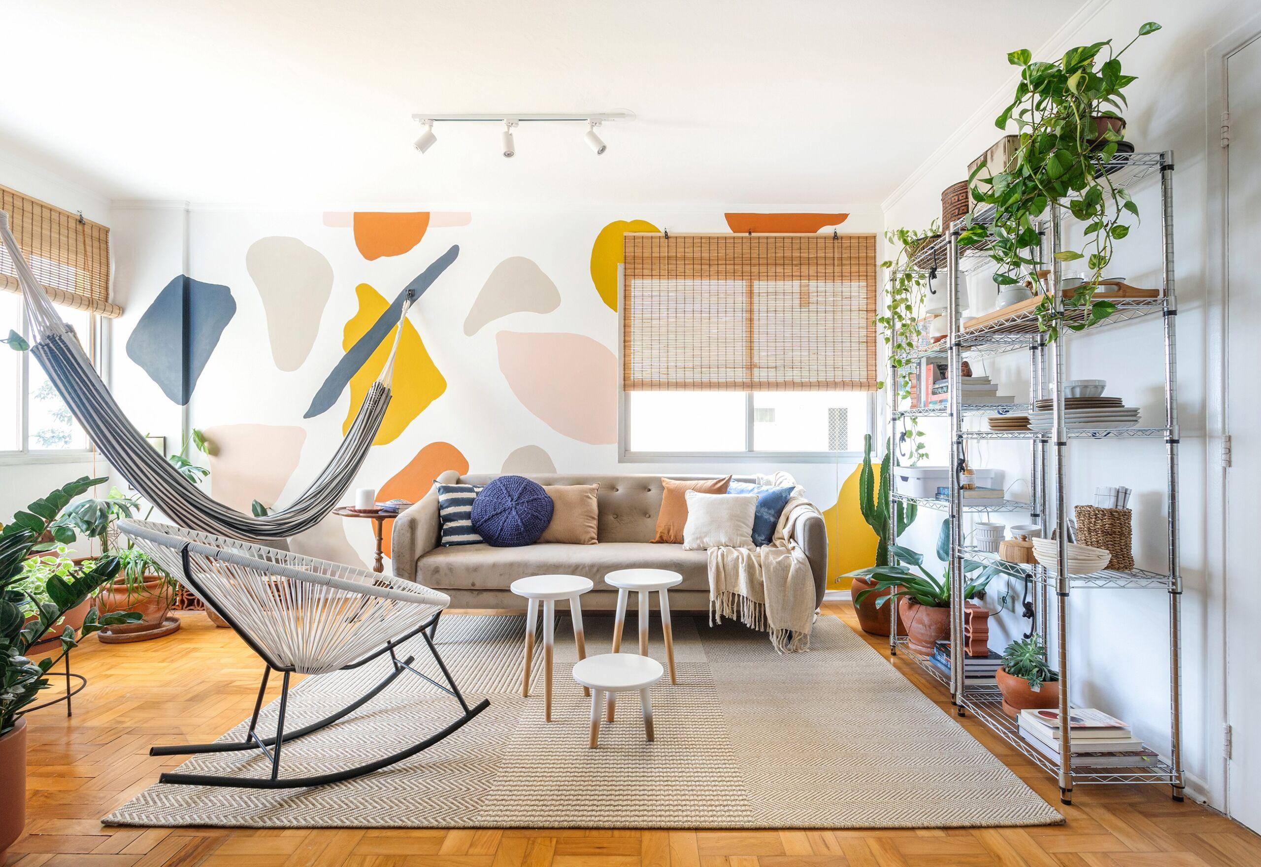 Antes e Depois, reforma, sala colorida com plantas