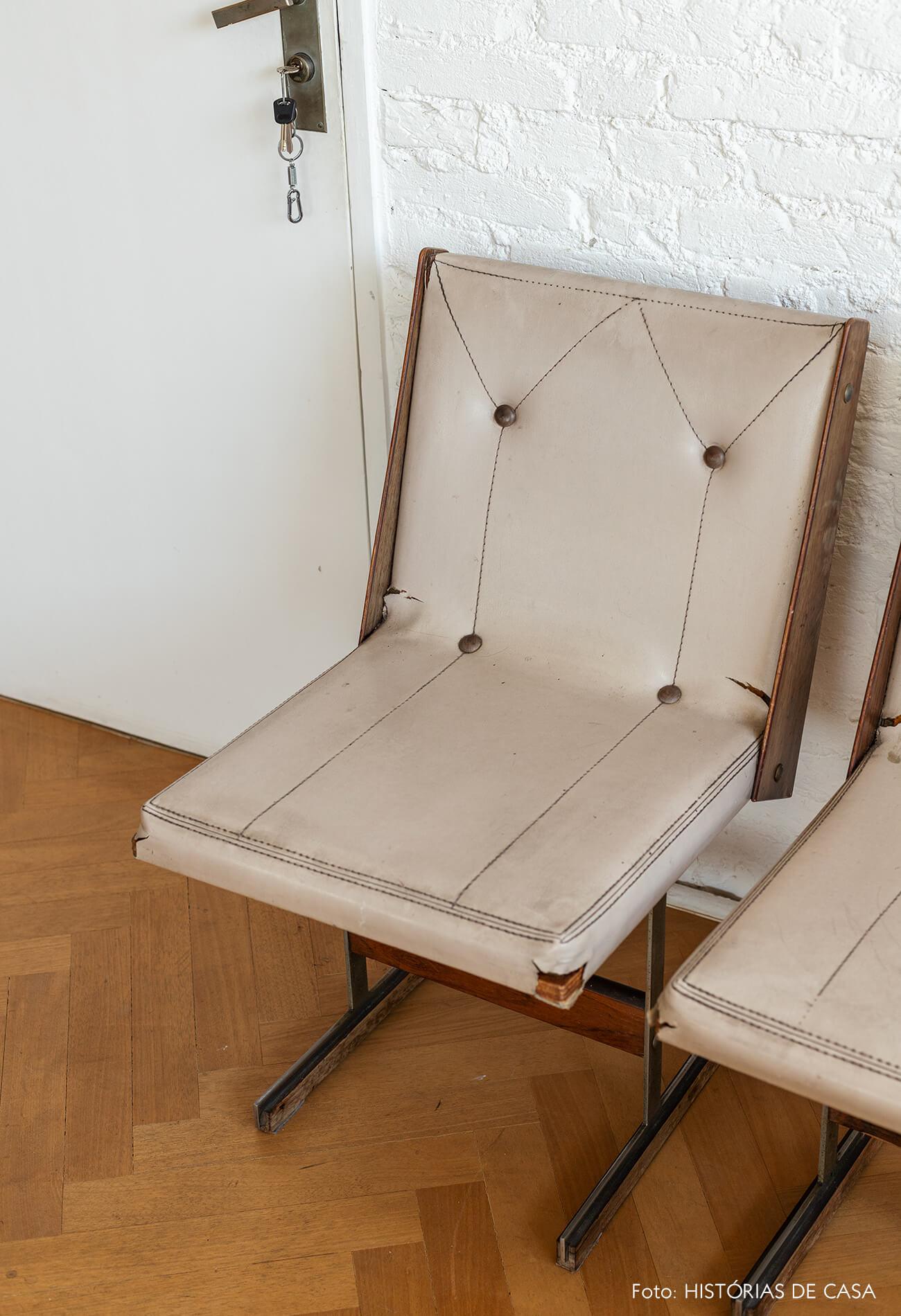 Decoração minimalista com móveis vintage