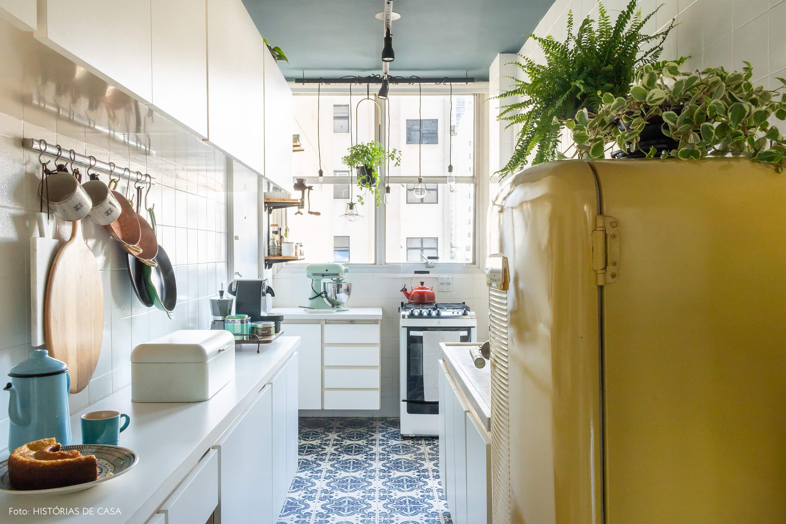 cozinha geladeira amarela