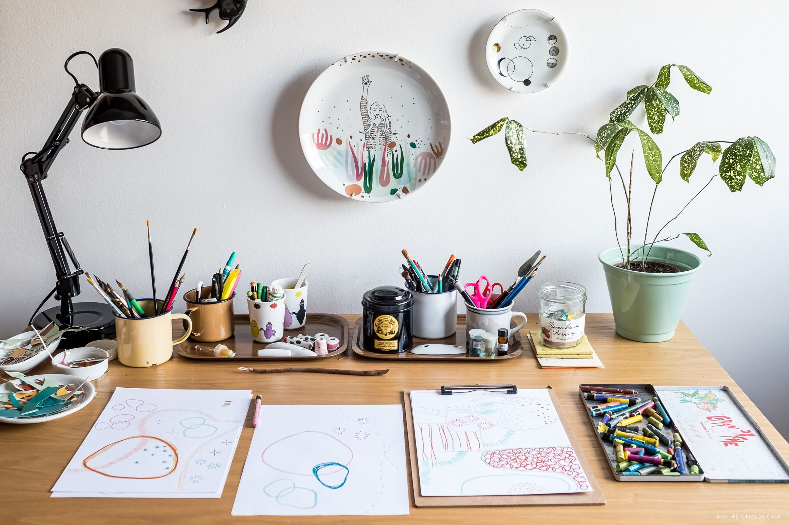 Home office da ilustradora Cynthia Gyuru