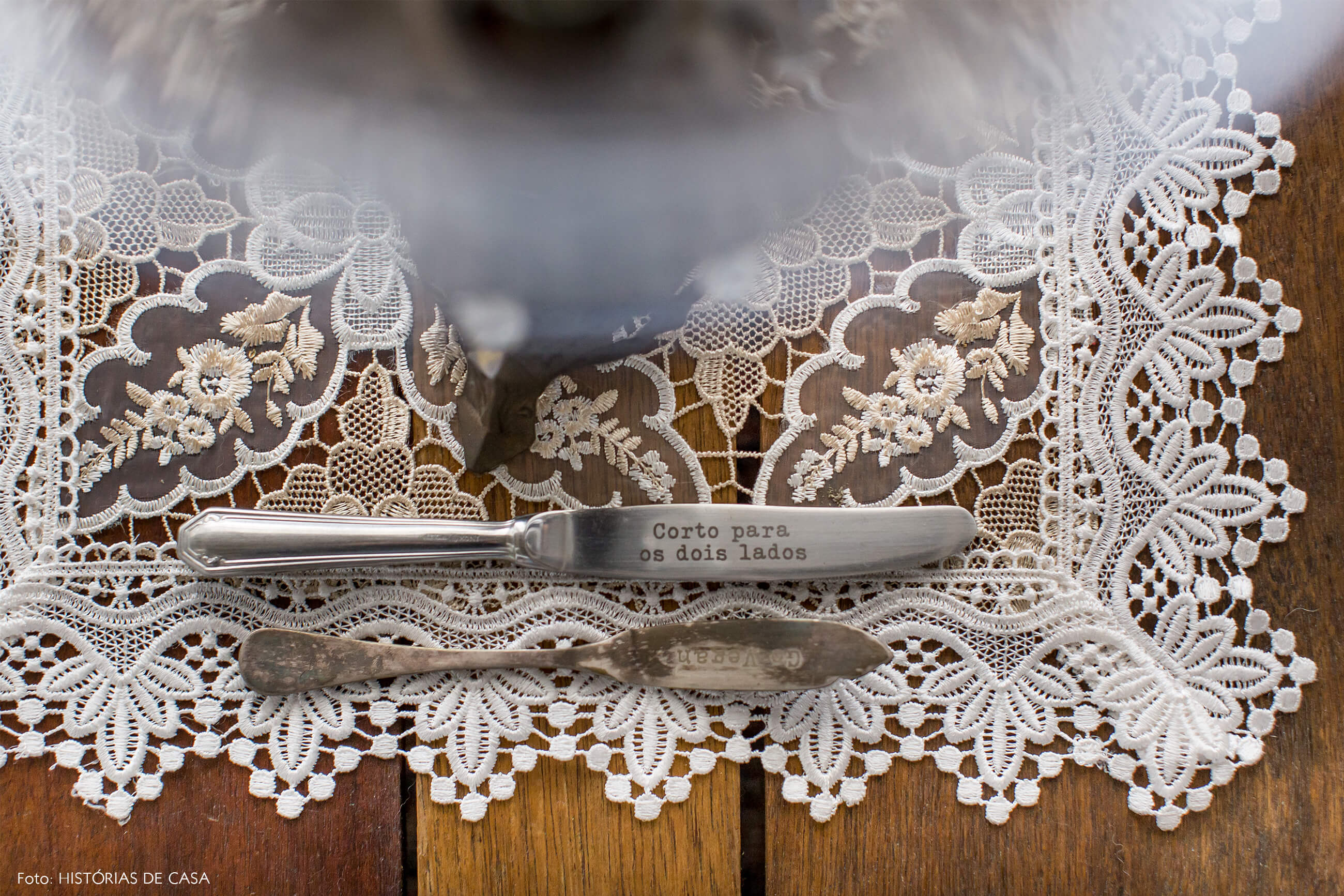 decoração copan detalhe toalha crochê faca decorativa