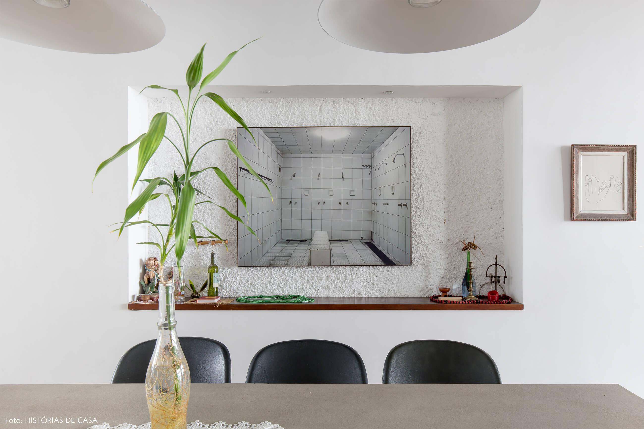 Ap decoração copan mesa concreto quadro cadeiras pretas planta