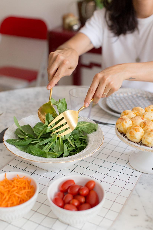 Retrato detalhe cozinha comida toalha branca