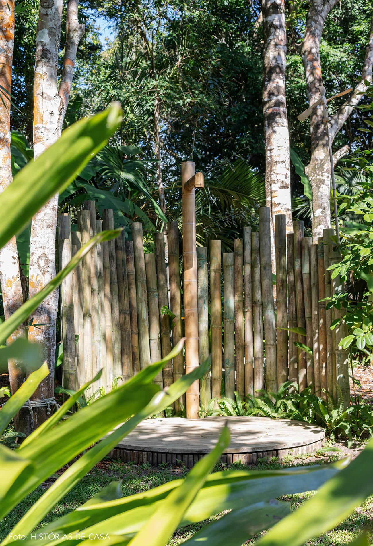 trancoso-decoracao-hotel-villase7e-9-jardim-chuveiro-de-bambu