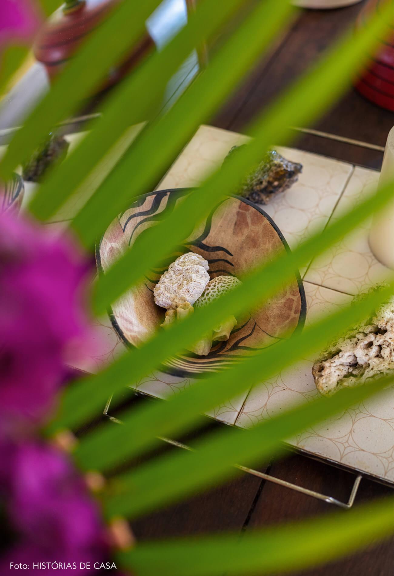 flavia-decoração-trancoso-detalhe-conchas-e-planta