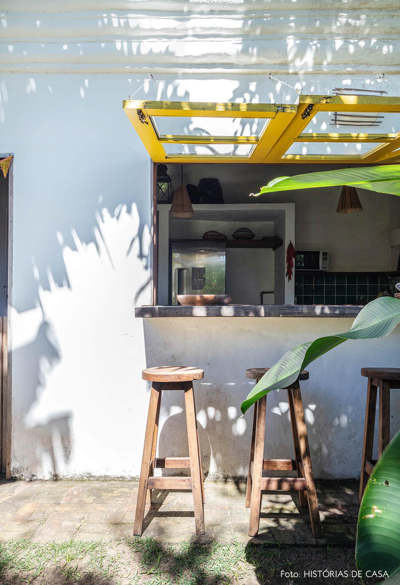 flavia-decoração-trancoso-bar-e-cozinha-com-jardim