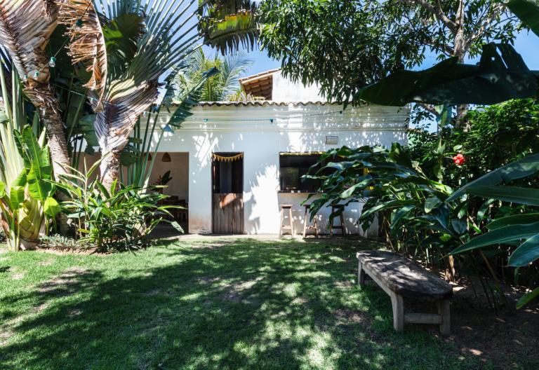 flavia-decoração-trancoso-casa-branca-e-jardim