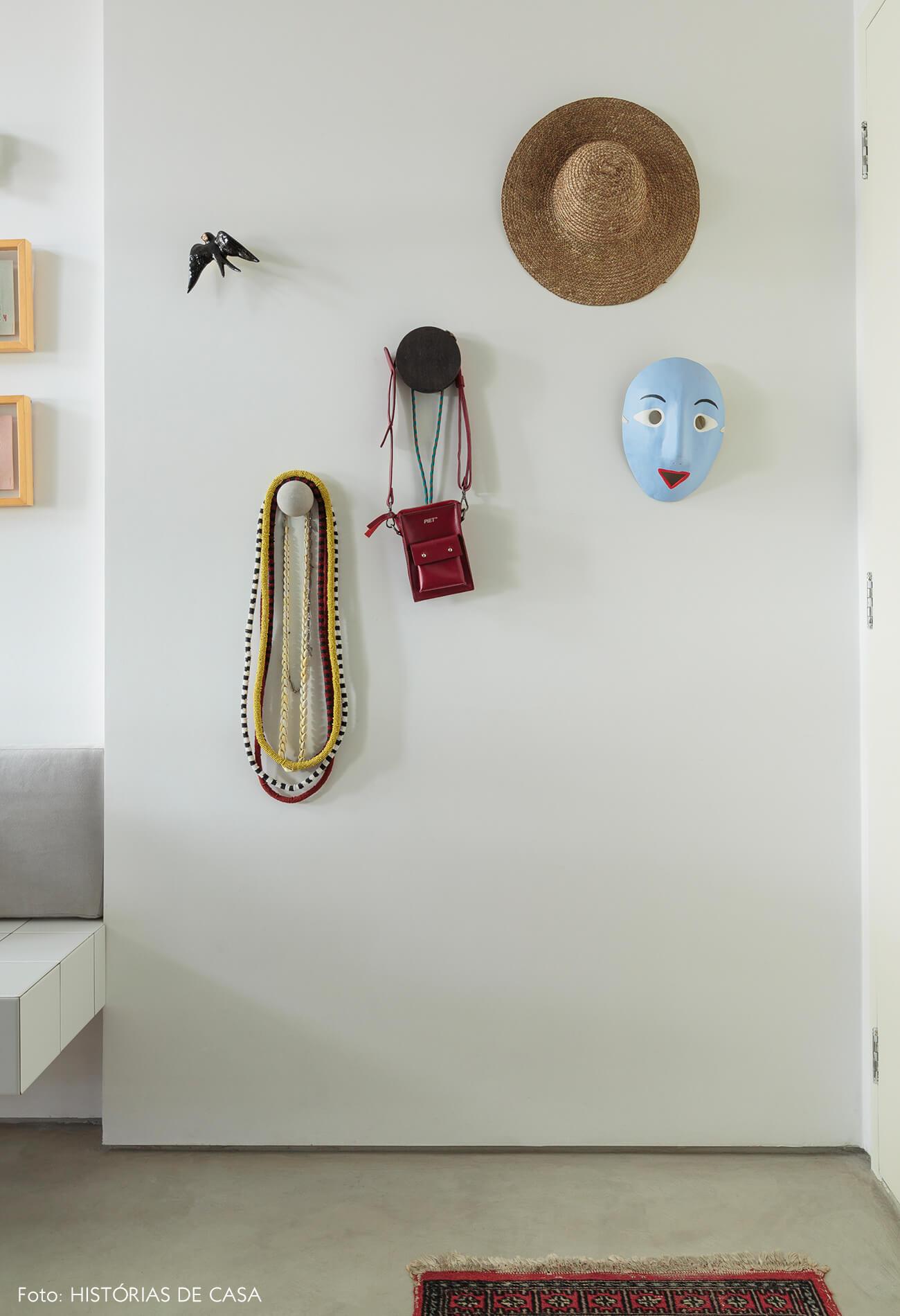 flavio-decoração-detalhes-pendurados-na-parede