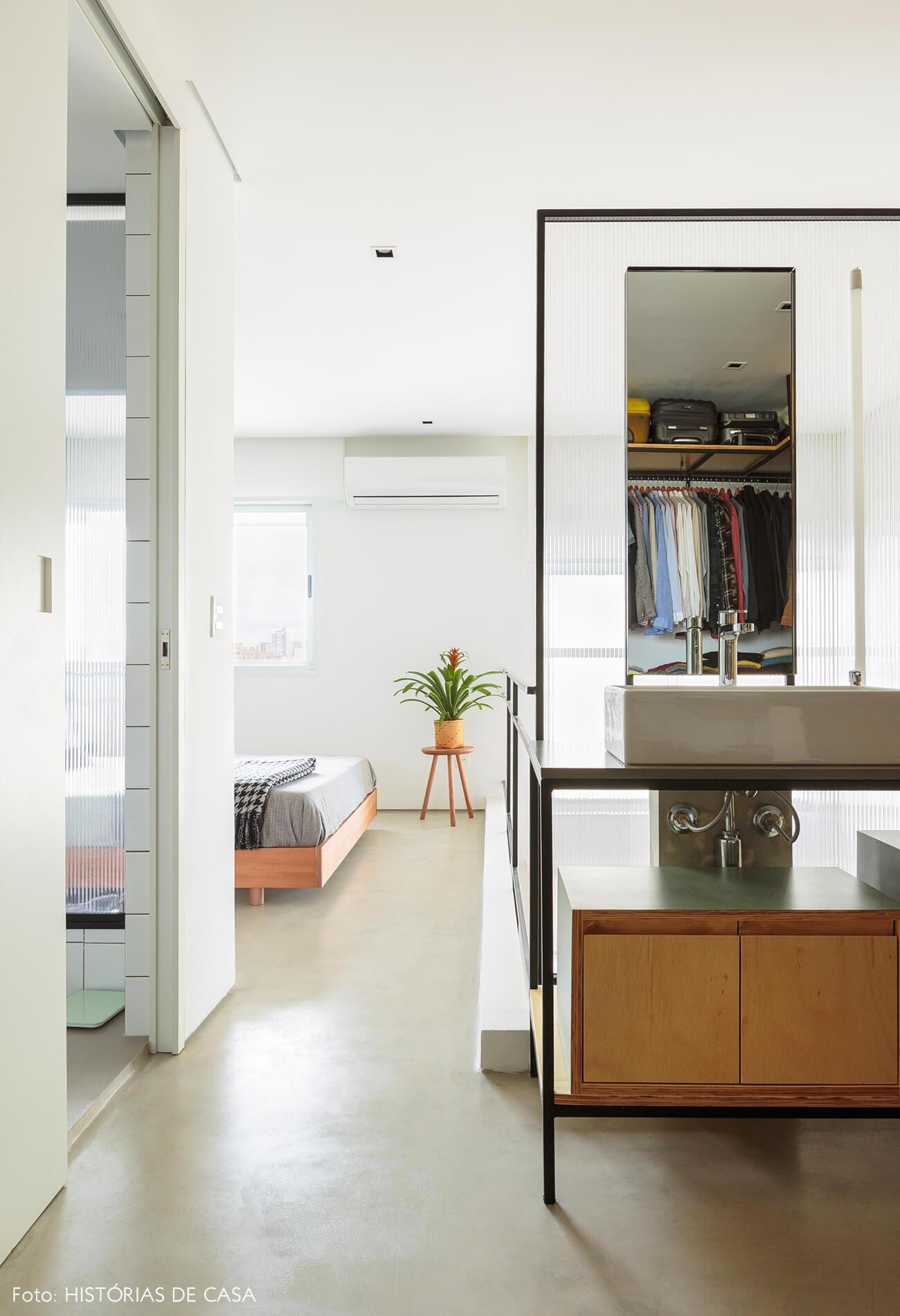 flavio-decoração-closet-e-quarto-duplex-bem-iluminado