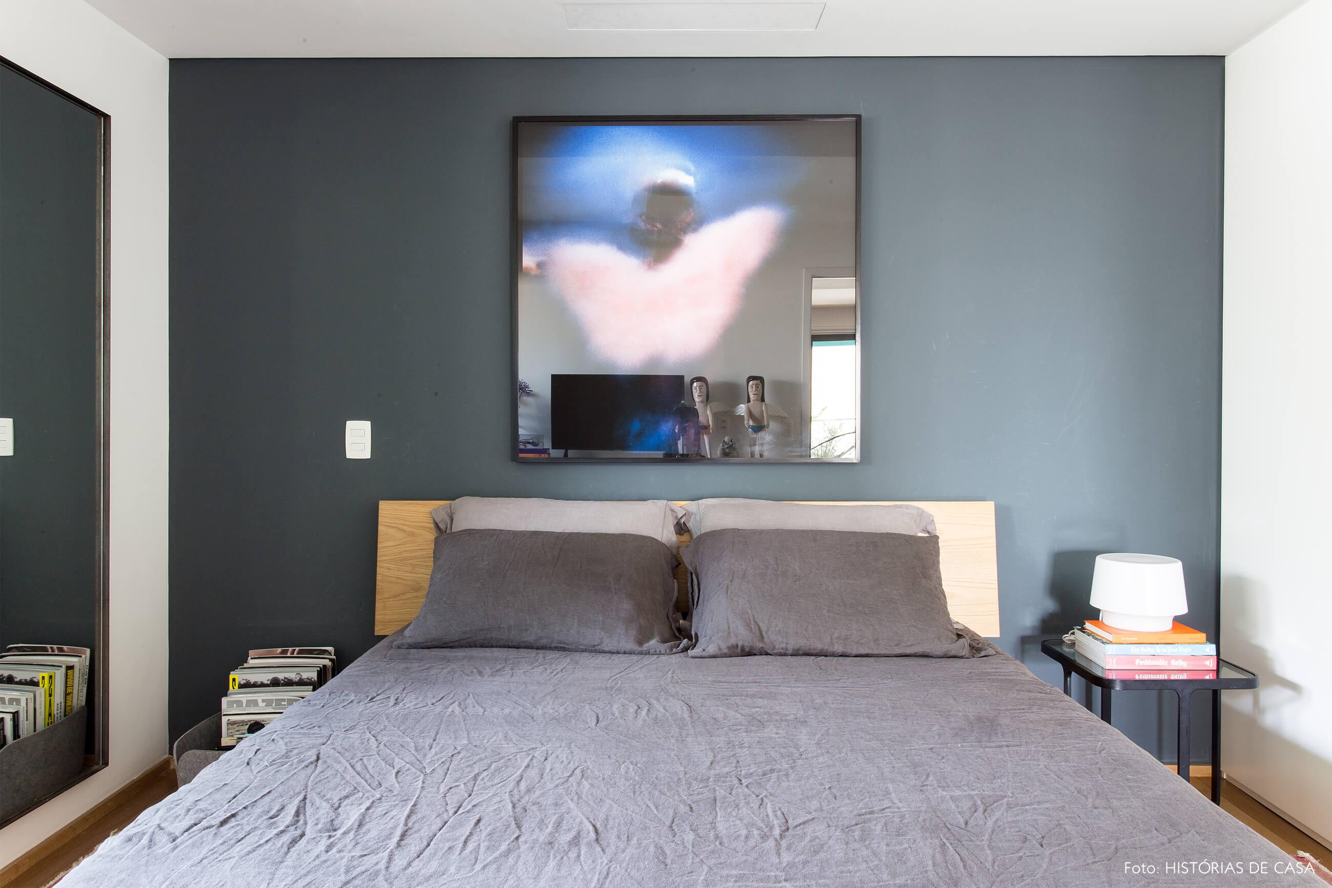 quarto-com-parede-azul-cinza