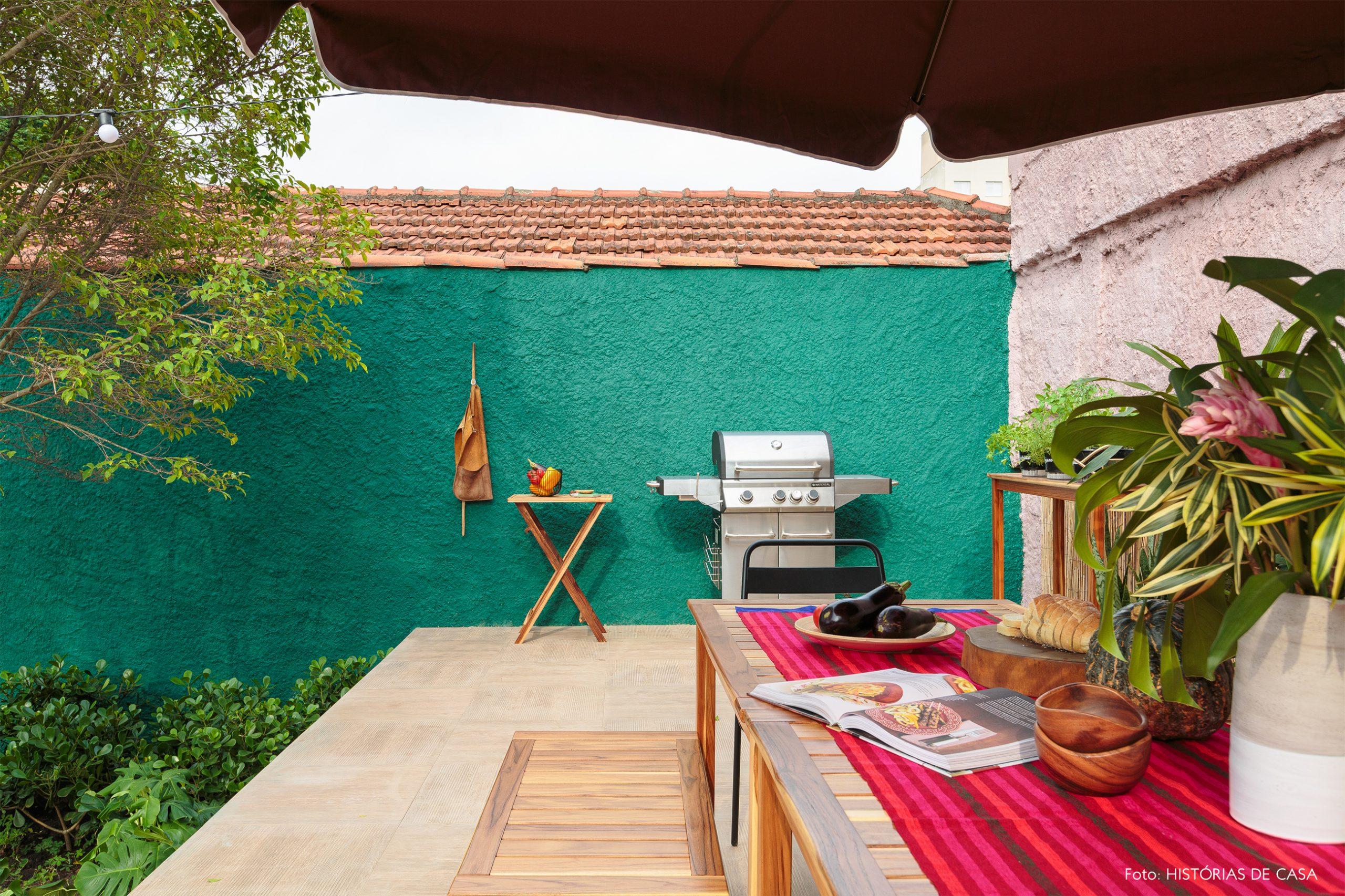 decoração antes e depois jardim leroy merlin parede verde e churrasqueira