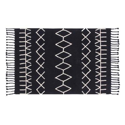 Tapete Lorena Canals preto e branco geométrico