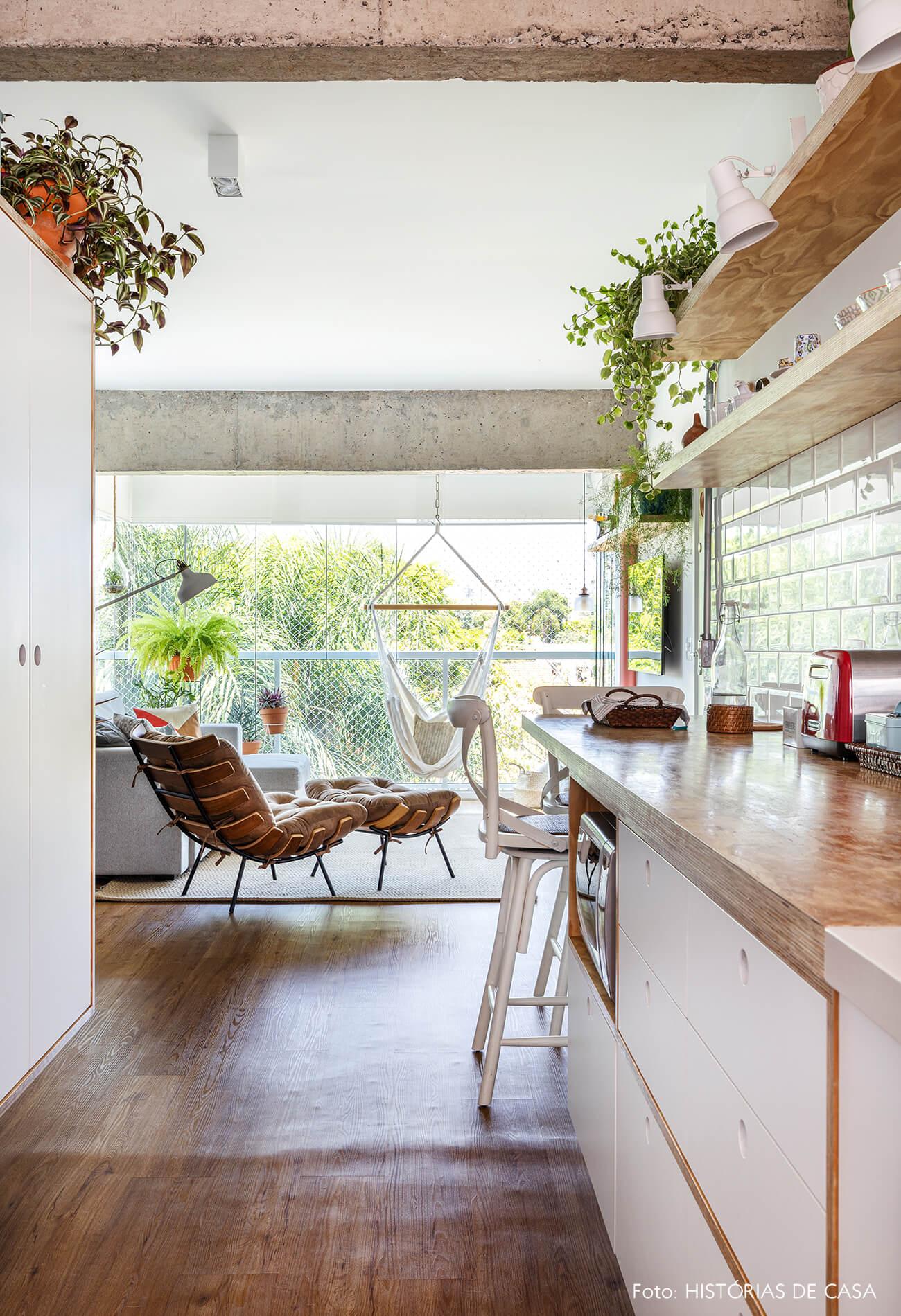 decoração cozinha sala com poltrona costela