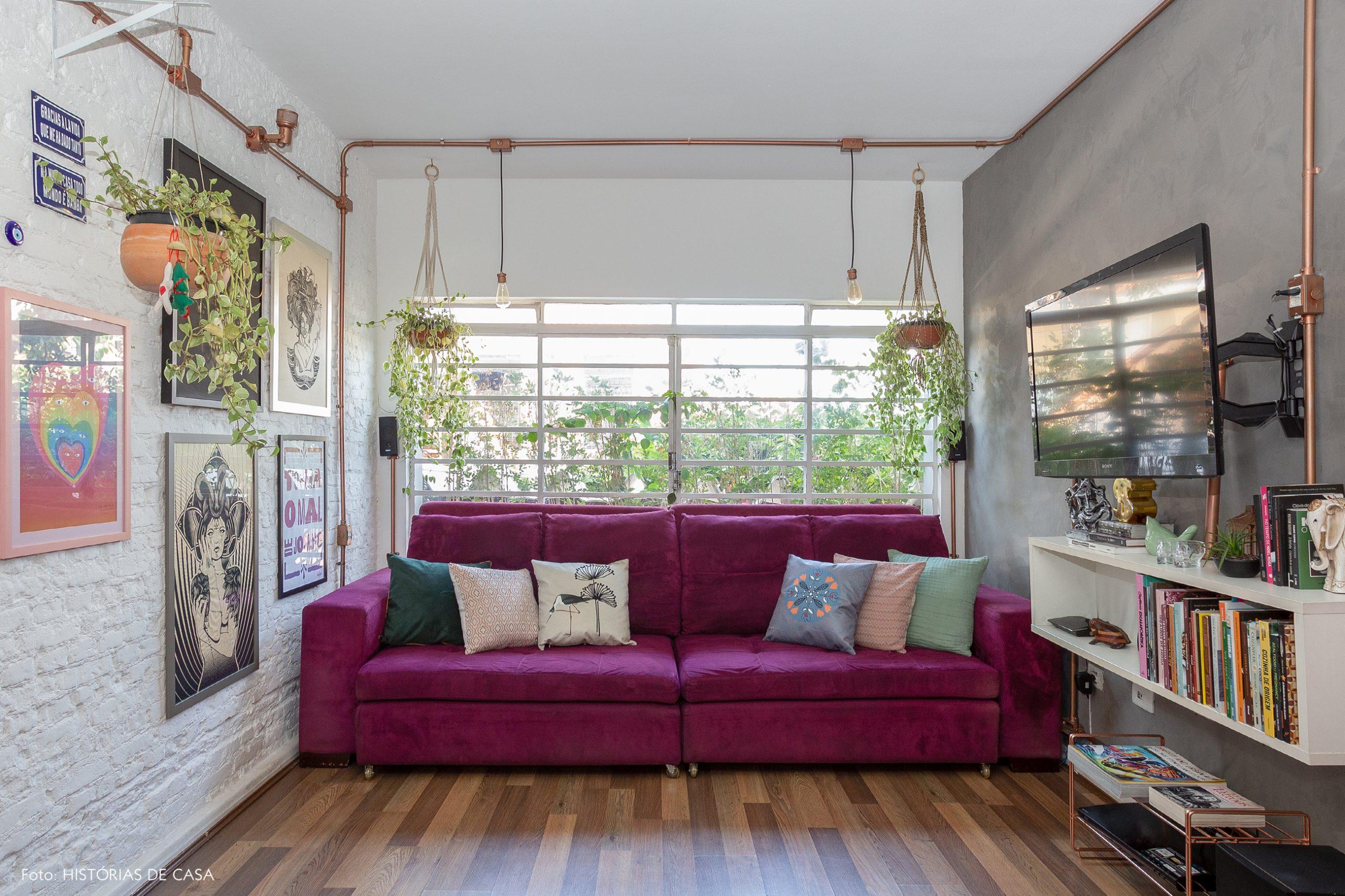 casa decoração sala parede de tijolinhos branco cano de cobre aparente