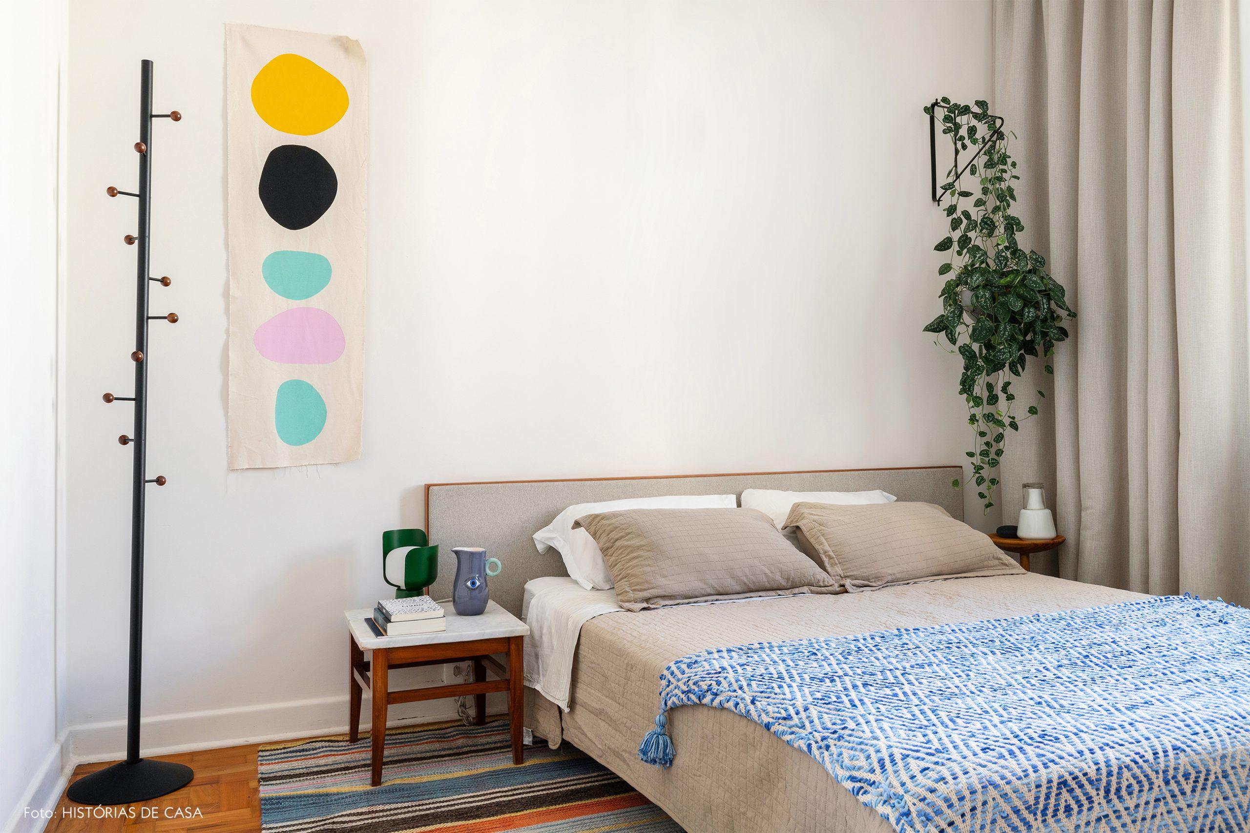 decoração quarto branco painel pintura