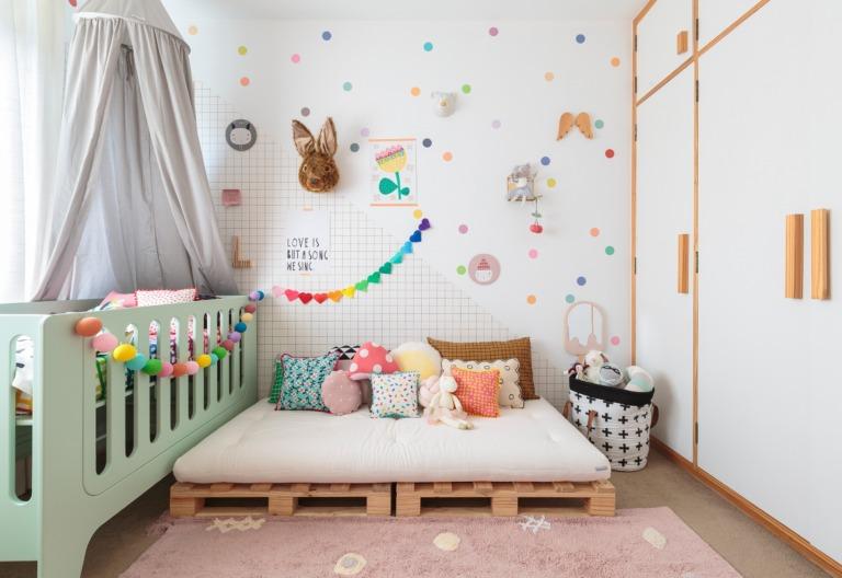 Quartos de criança coloridos e divertidos sem reforma