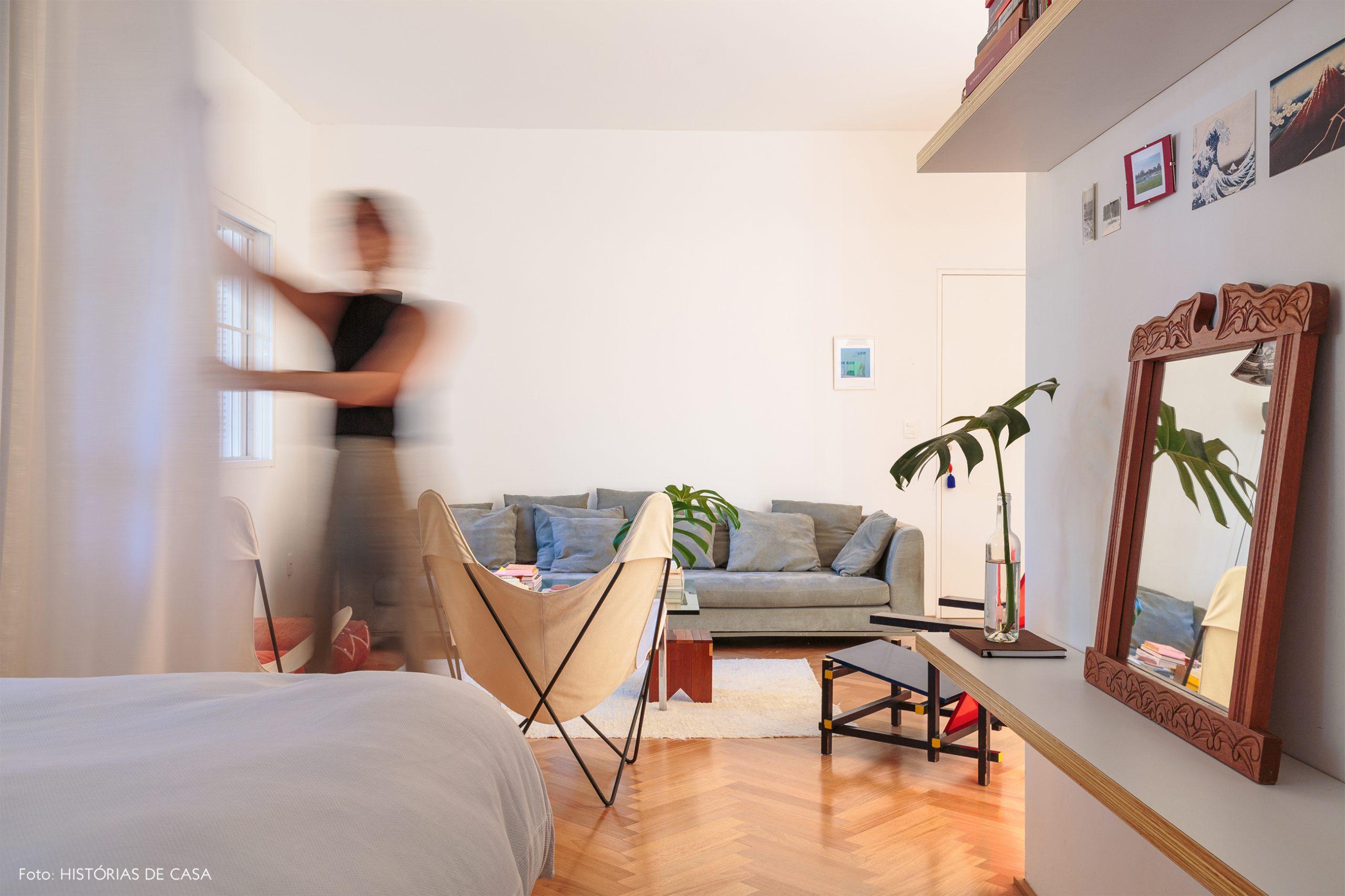 decoração quarto com cortina dividindo ambientes