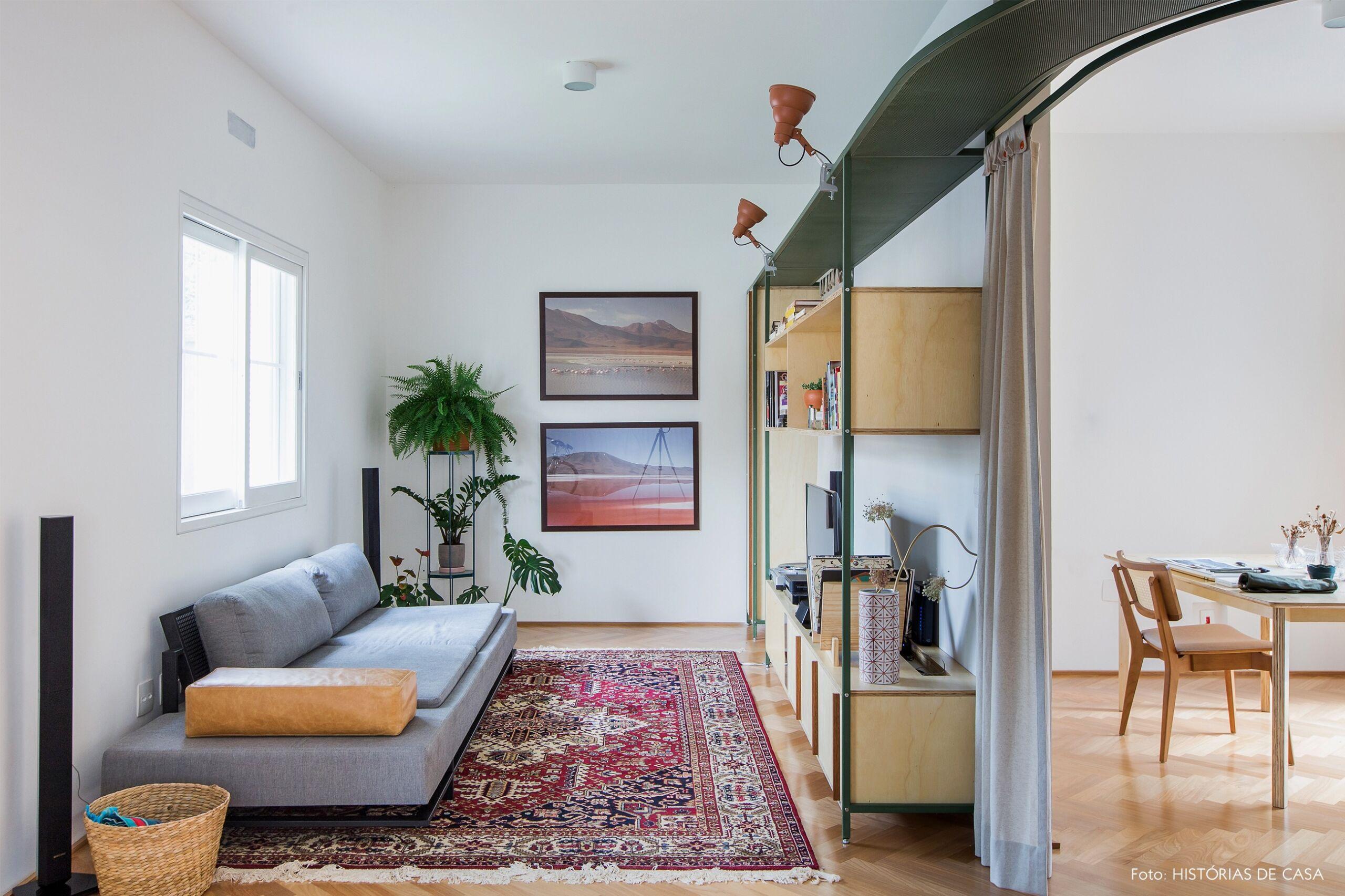 decoração apê cortina como divisória cesto palha