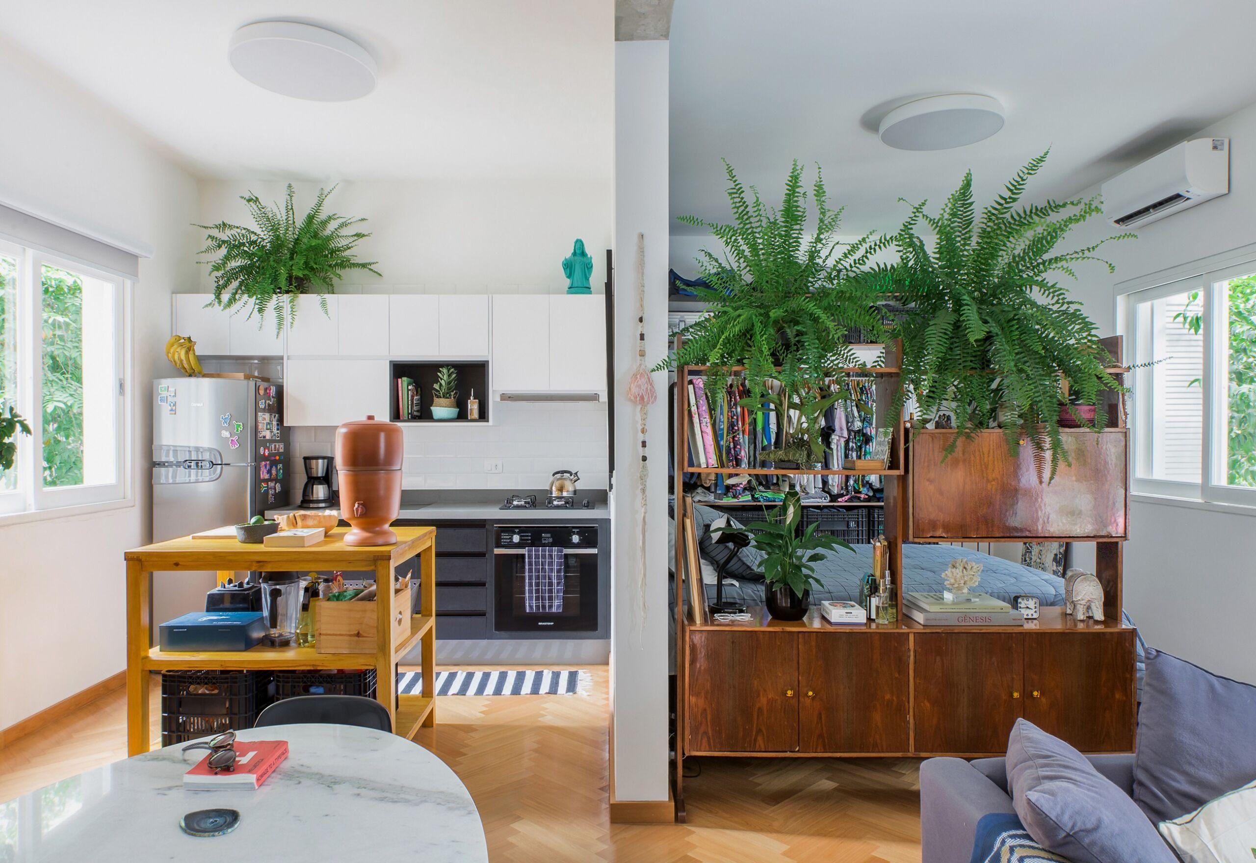 decoração apê pequeno com sala quarto e cozinha integrados