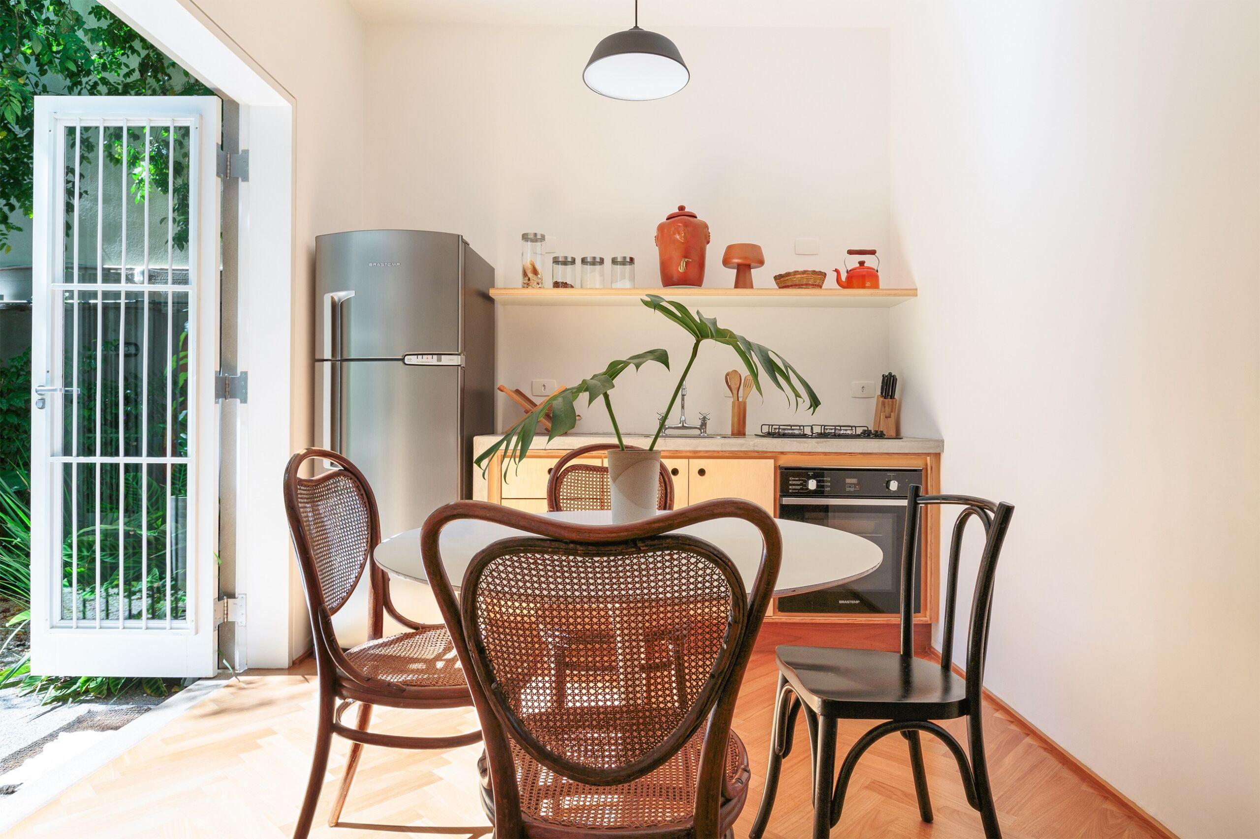 decoração cozinha cadeira thonet