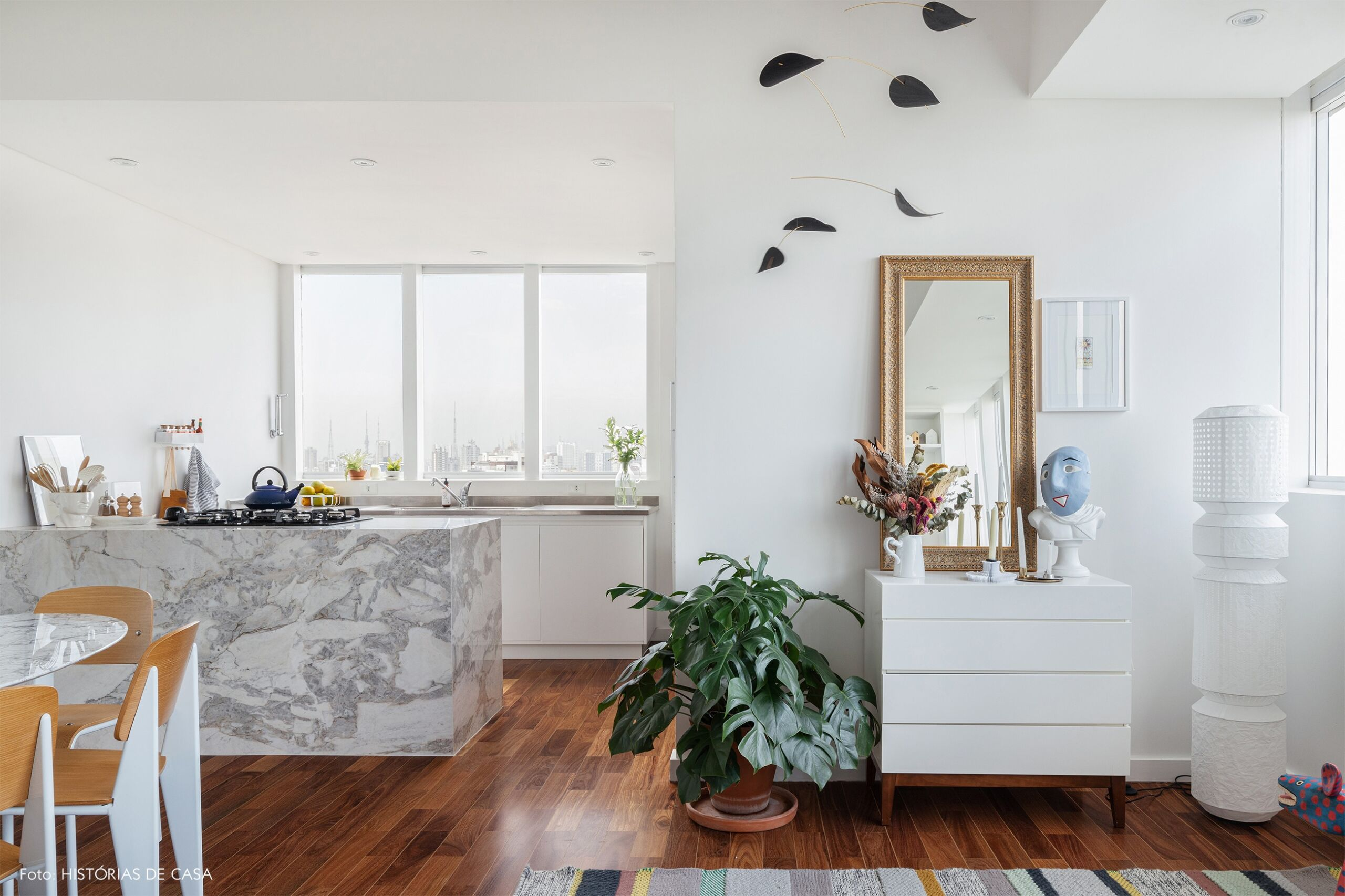 decoração sala jantar cozinha integrados claro bem iluminados