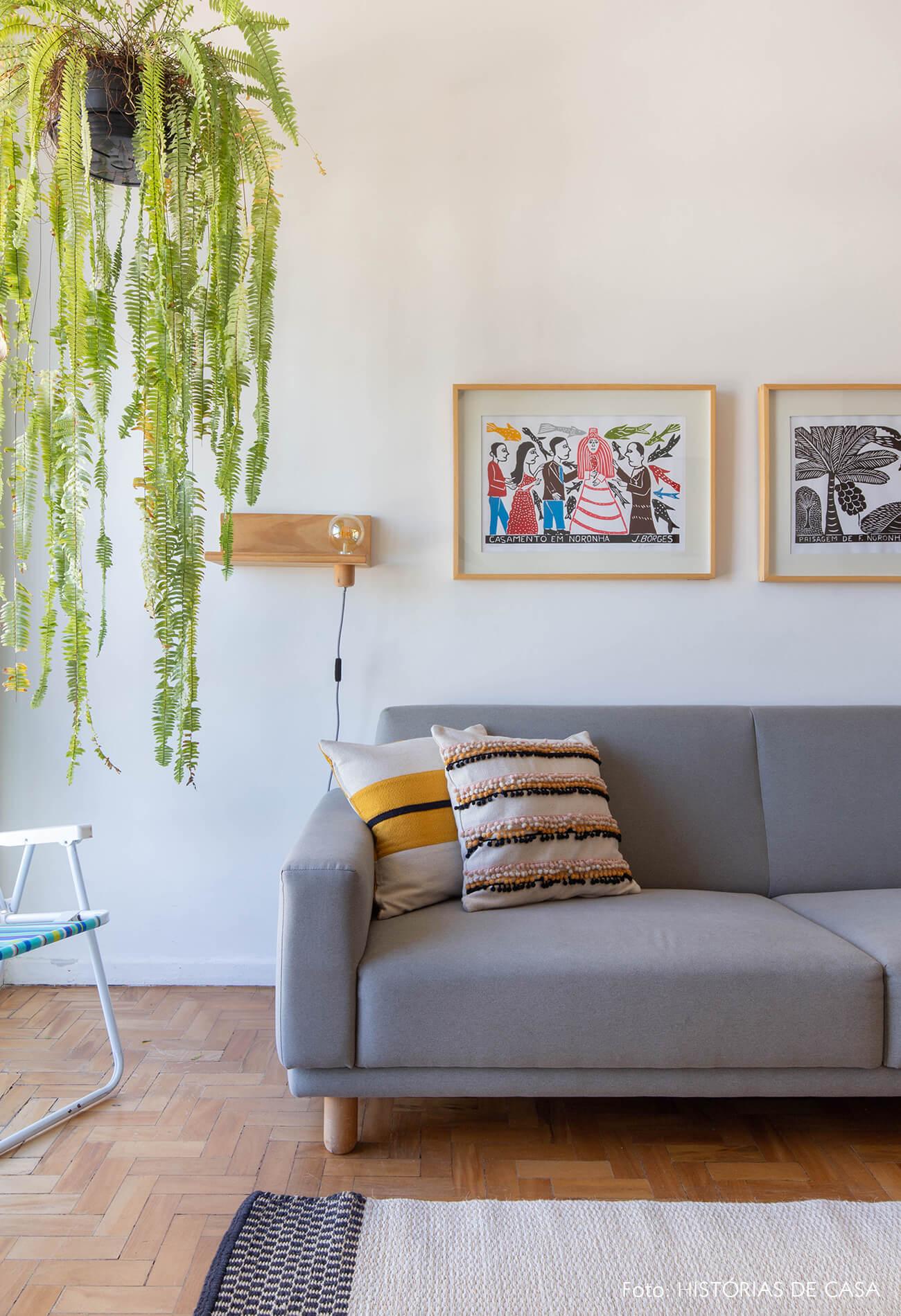 decoração quadros obrah sala cadeira praia xilogravura j borges
