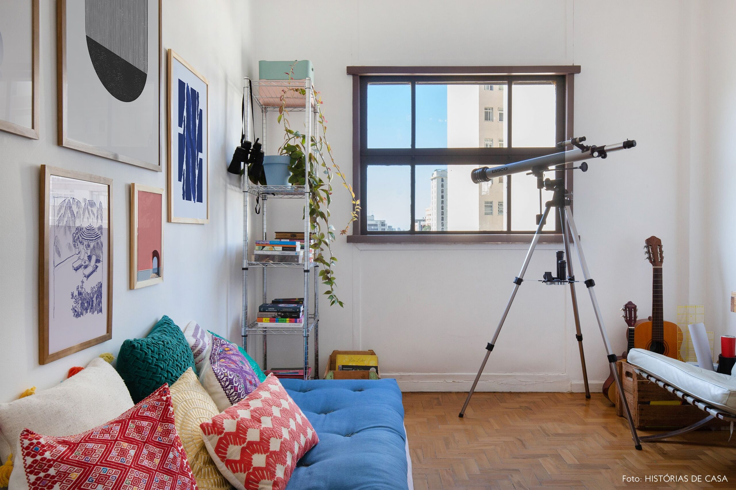 decoração quadros obrah futom colorido cadeira barcelona