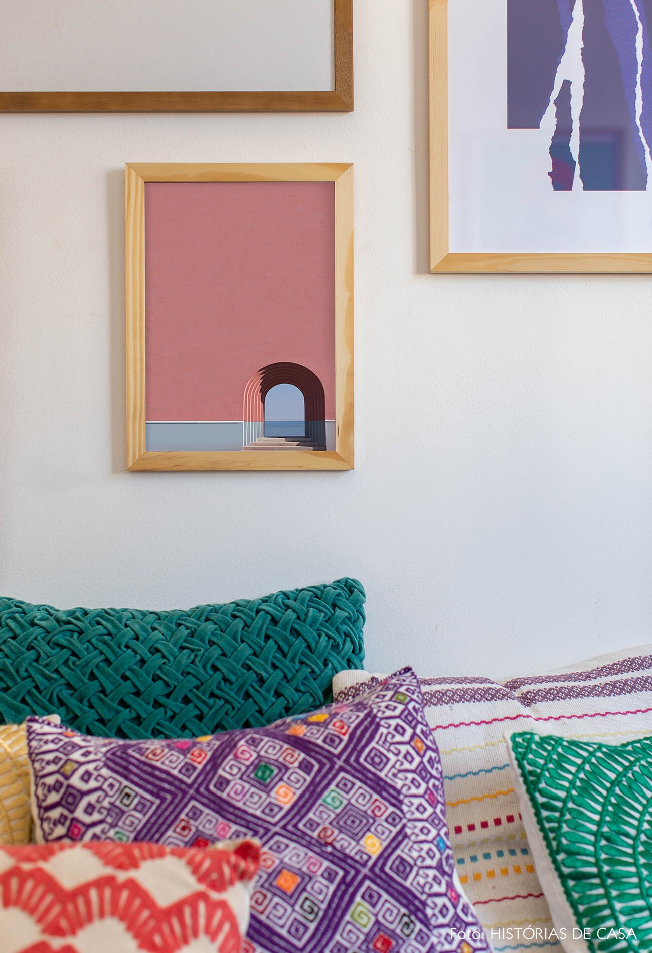 decoração quadros obrah detalhes almofadas colorida