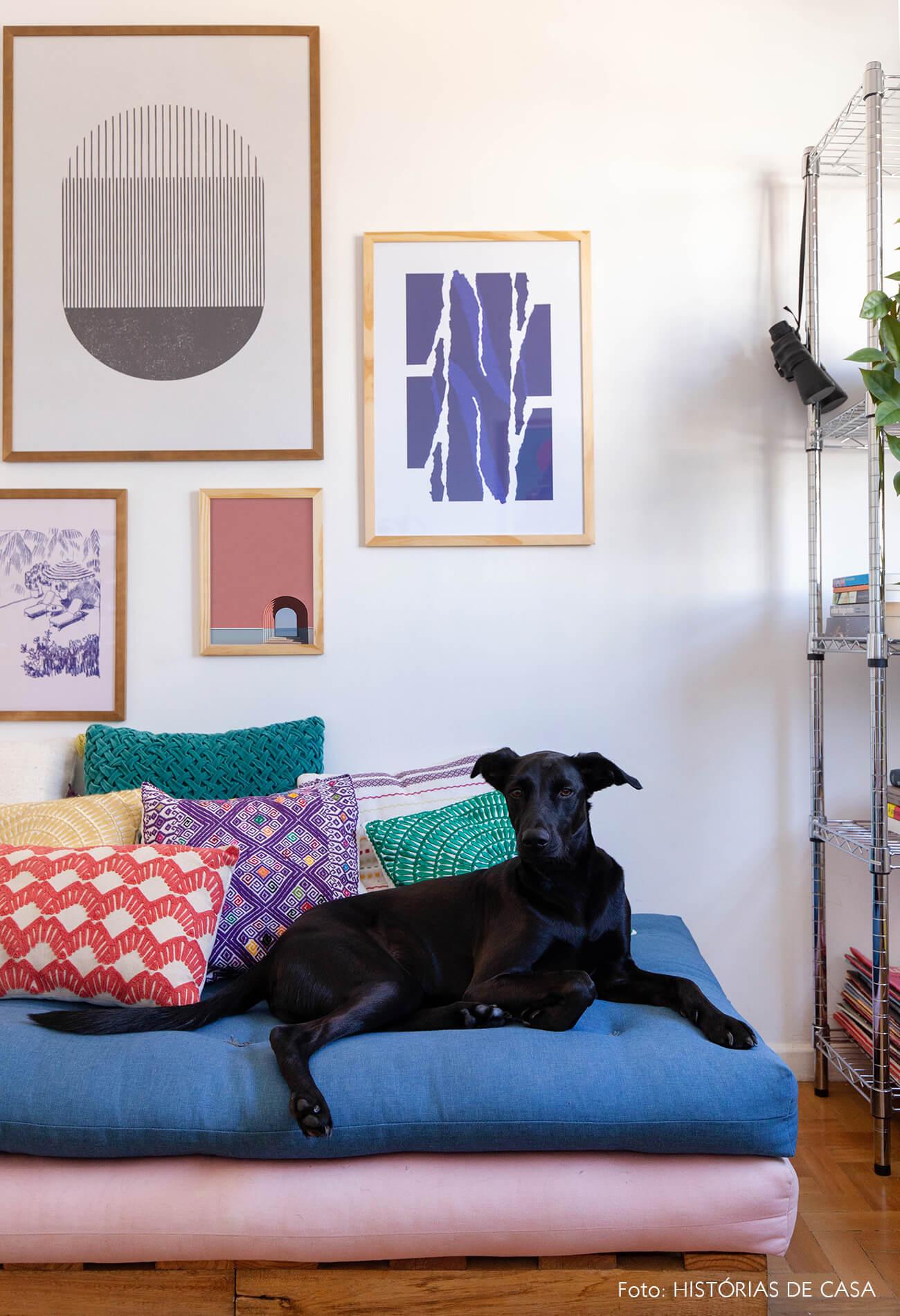 decoração composição quadros obrah futon colorido