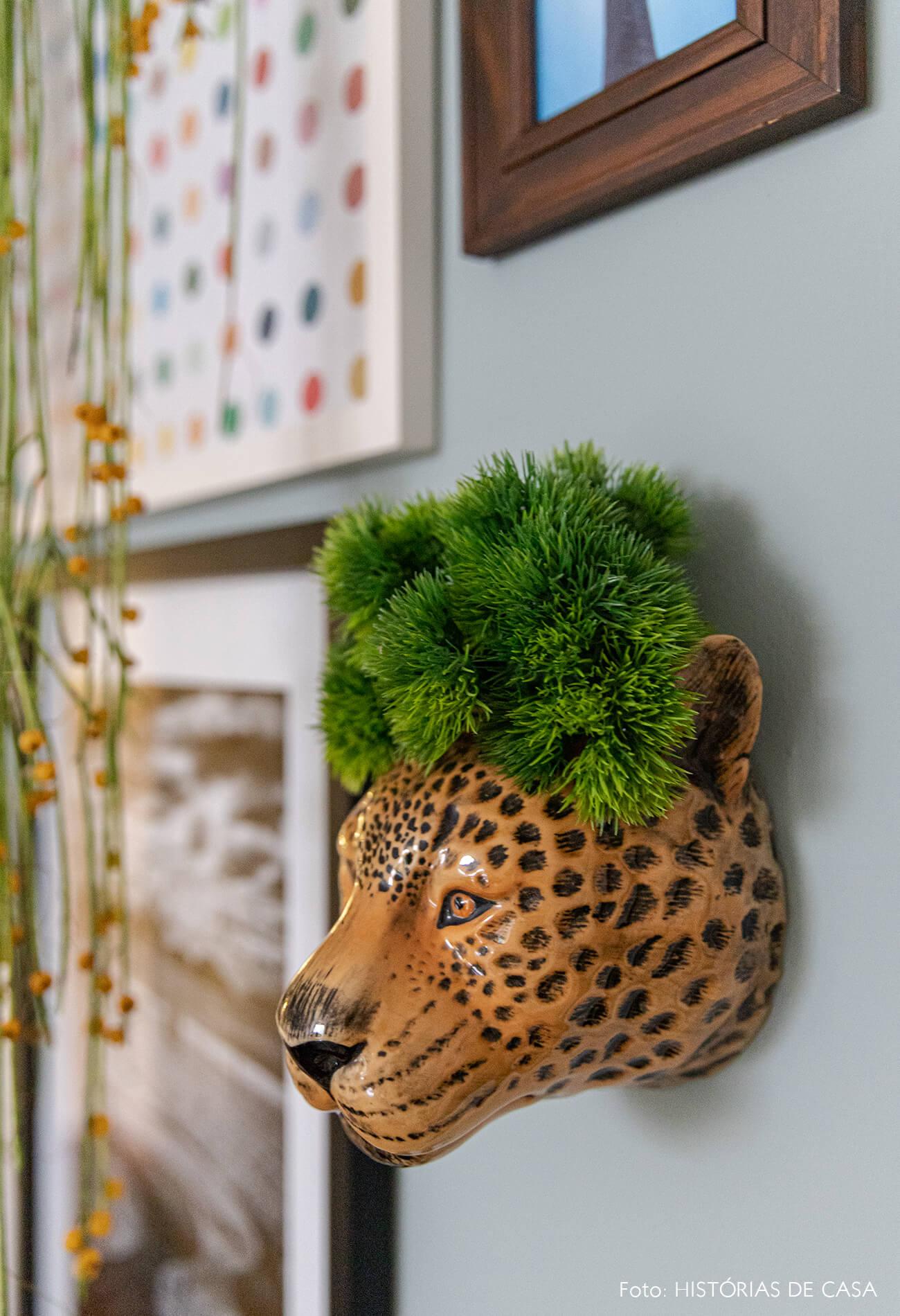 decoração detalhe vaso onça