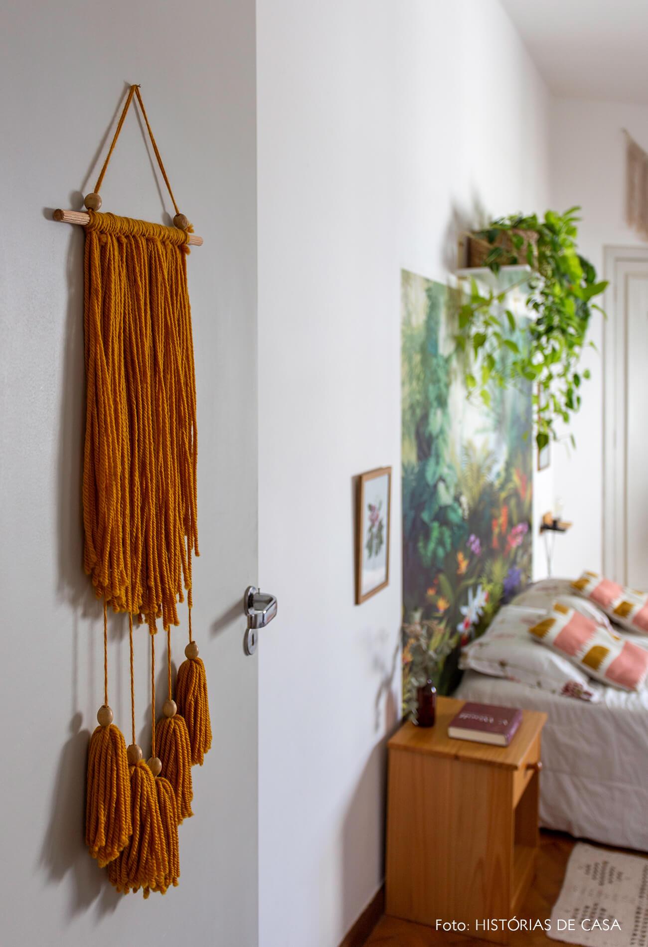 decoração tapeçaria porta quarto