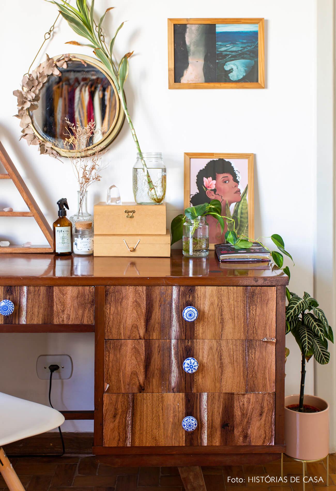 decoração penteadeira vintage quarto