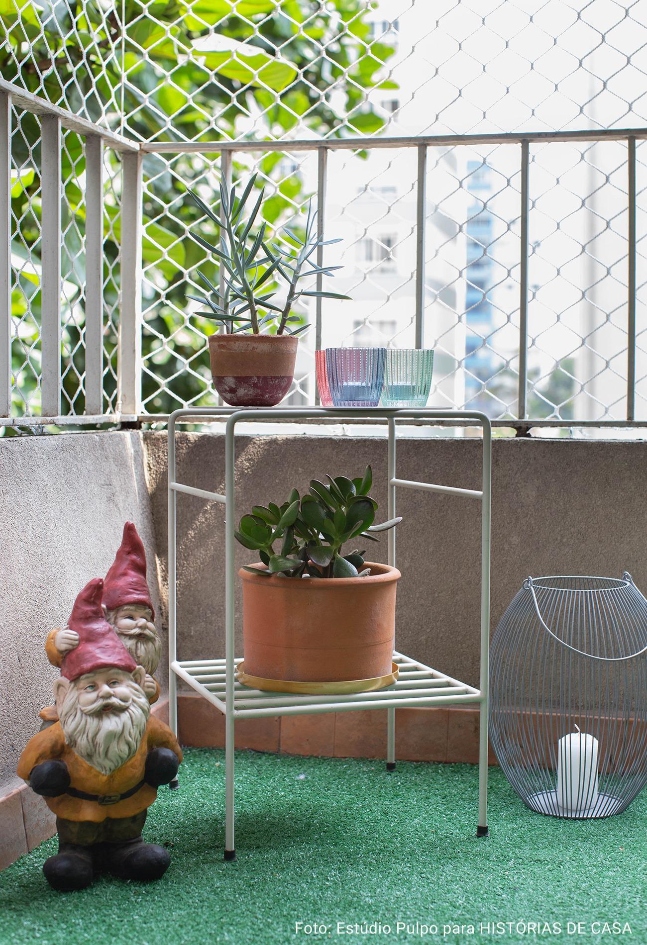 vaso de baro na varanda