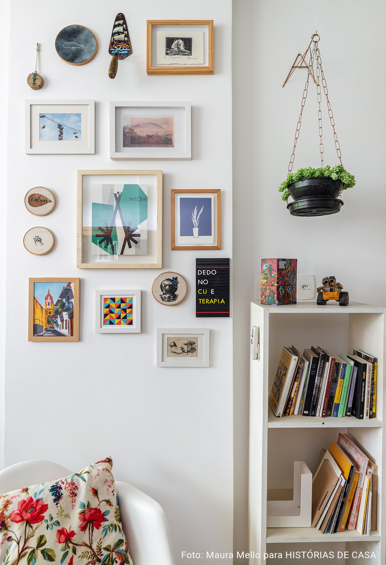 composição de quadros no escritorio