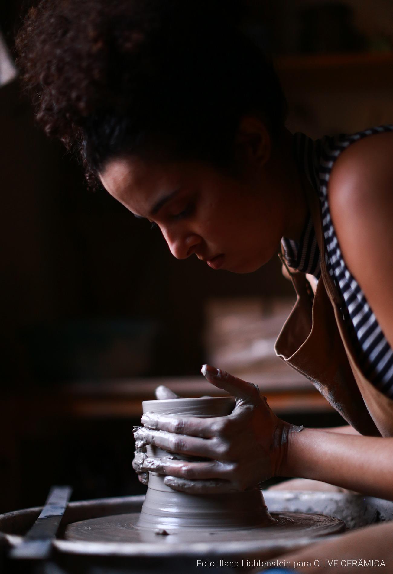 Cerâmica artesanal em casa, como começar com Olive Cerâmica