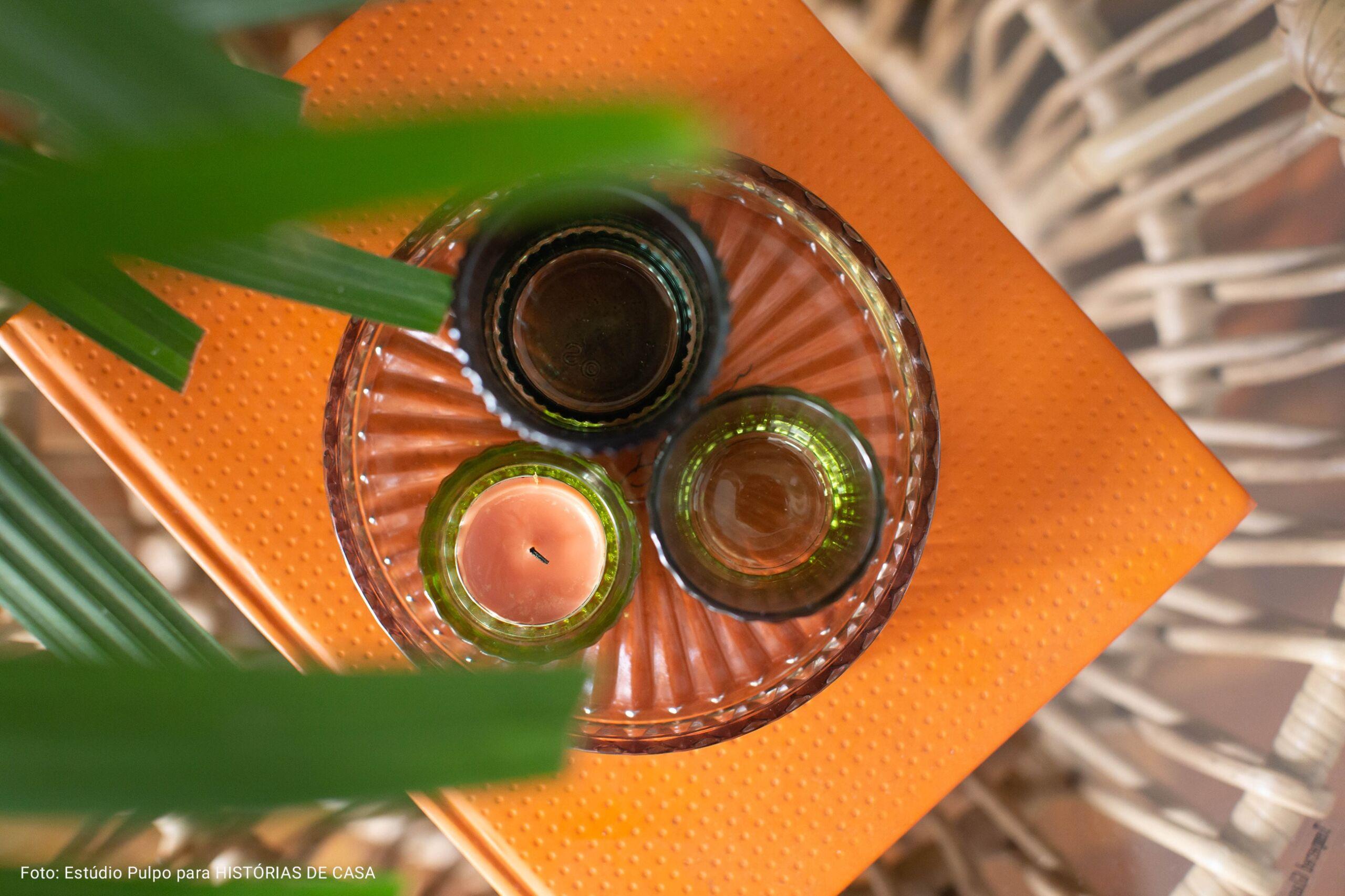 portas velas de vidro coloridas