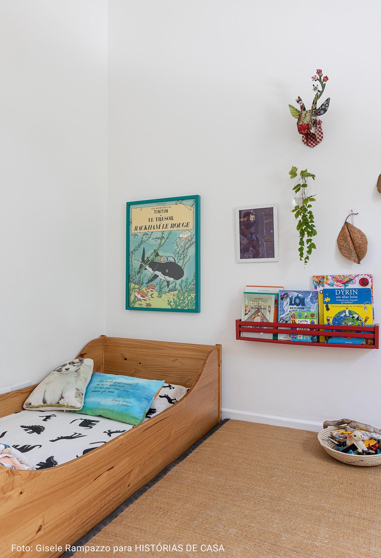 quarto infantil com quadro vintage